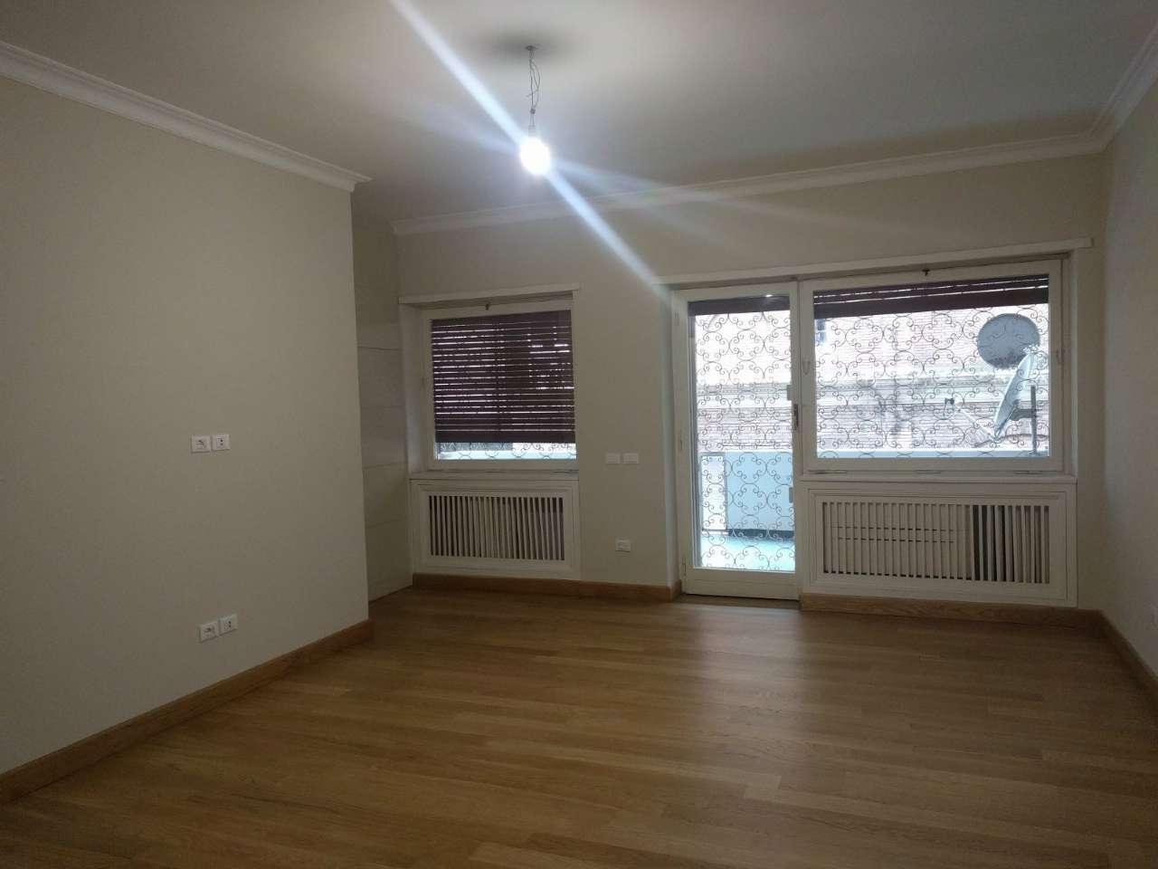 Appartamento in vendita a Roma, 5 locali, zona Zona: 1 . Centro storico, prezzo € 1.250.000 | CambioCasa.it