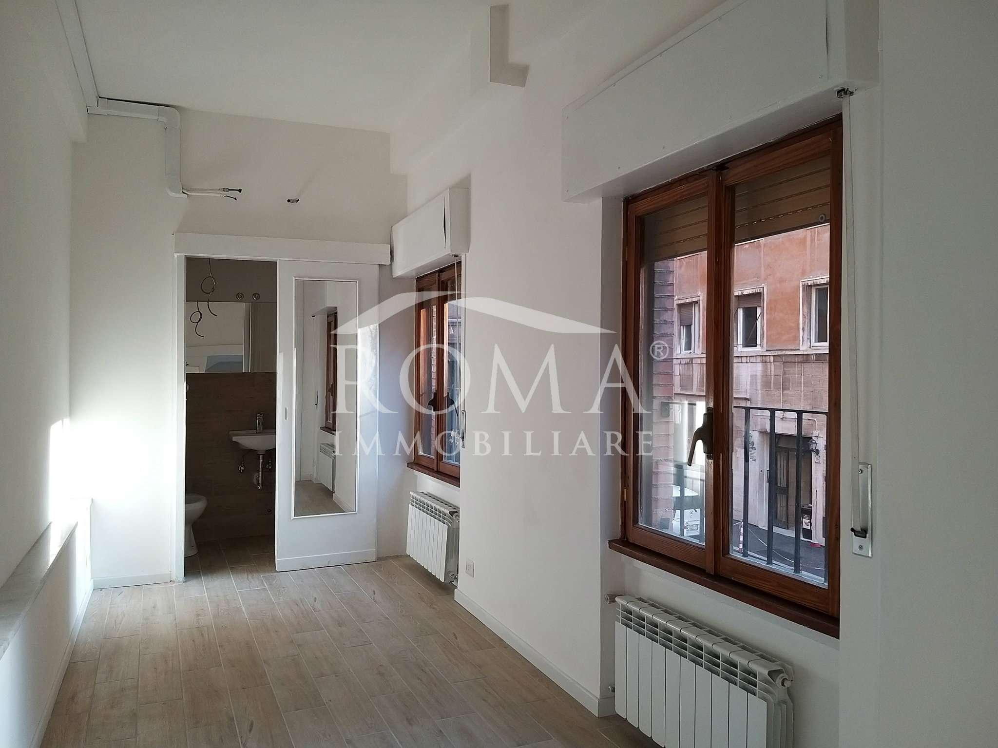 Complesso residenziale in Vendita - via Pettinari