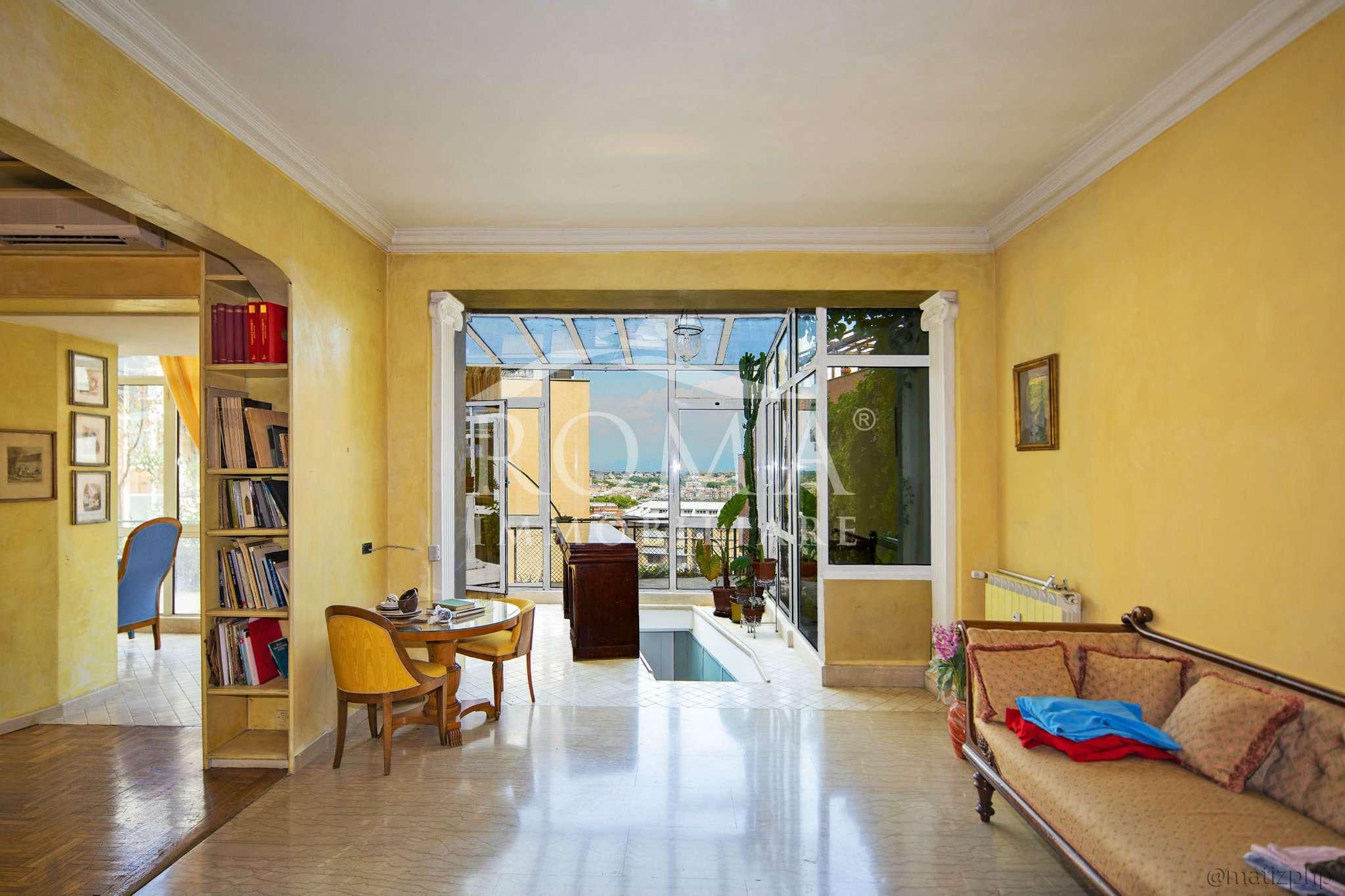 Appartamento in Vendita - via Poerio