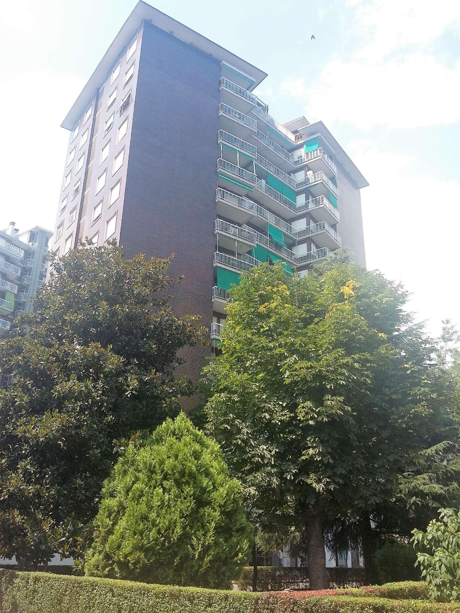 Appartamento ristrutturato in vendita Rif. 9365519
