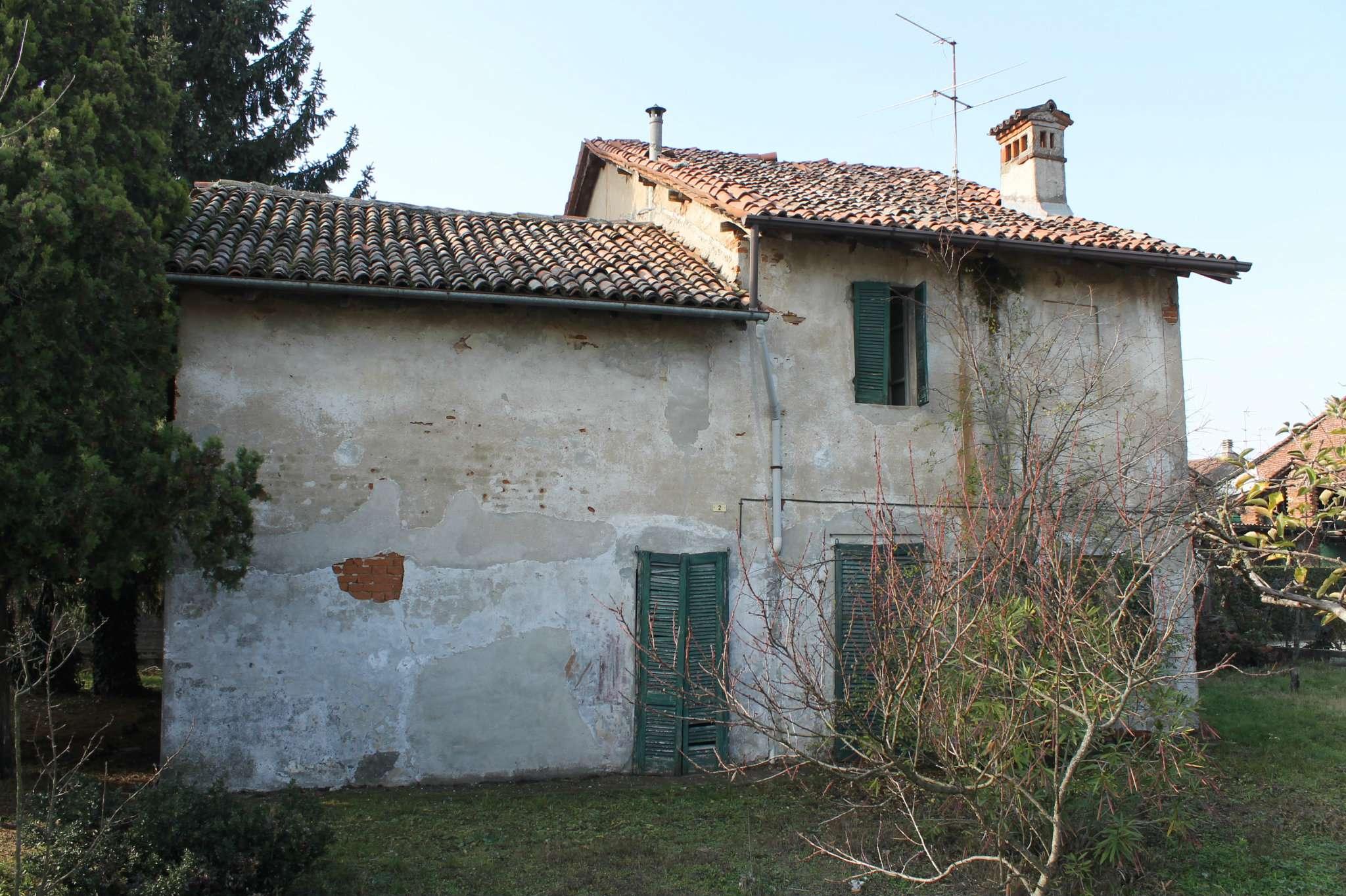 Villa in vendita a Dorno, 5 locali, prezzo € 80.000 | CambioCasa.it