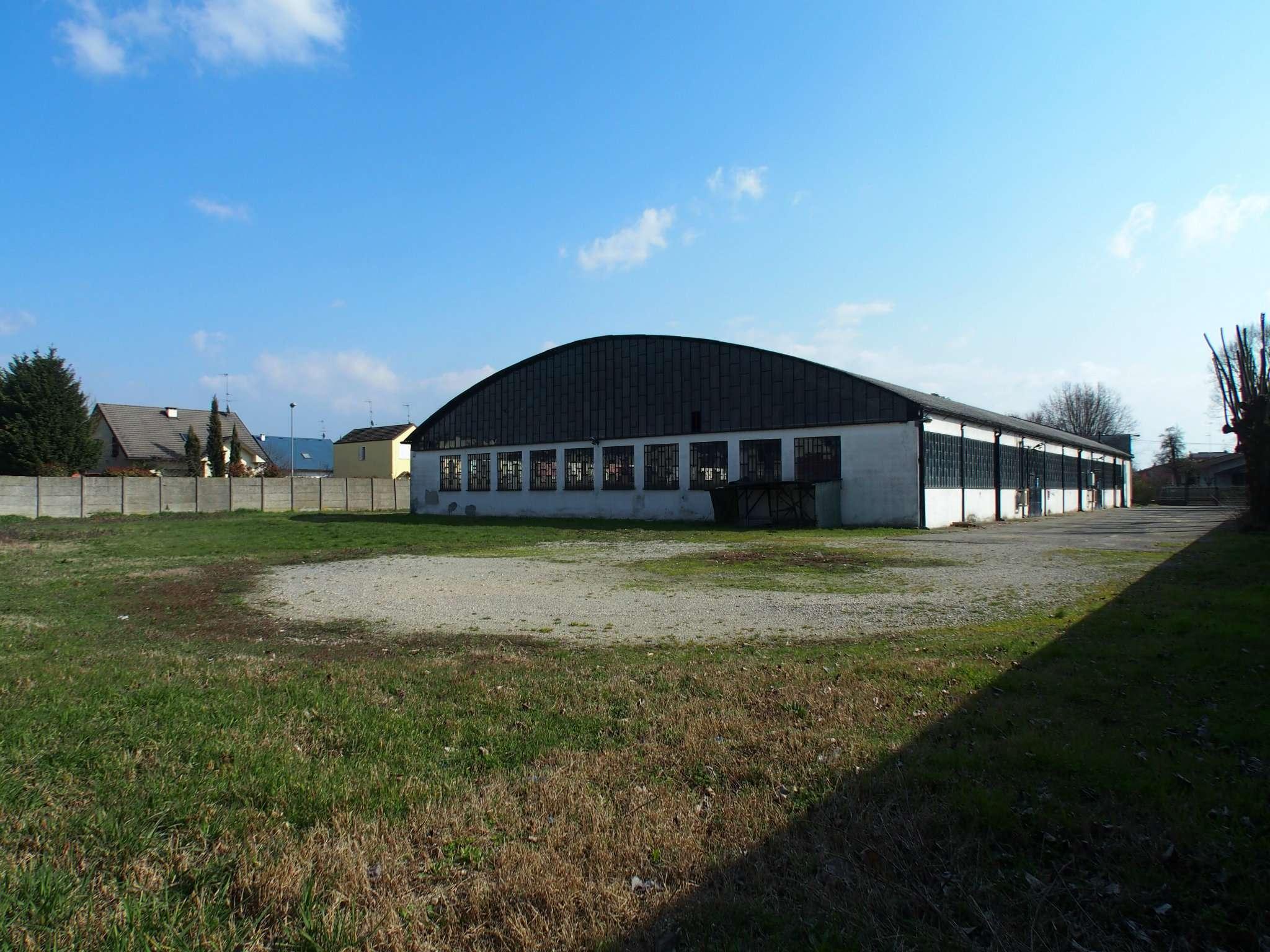 Capannone in vendita a Dorno, 10 locali, prezzo € 245.000 | PortaleAgenzieImmobiliari.it