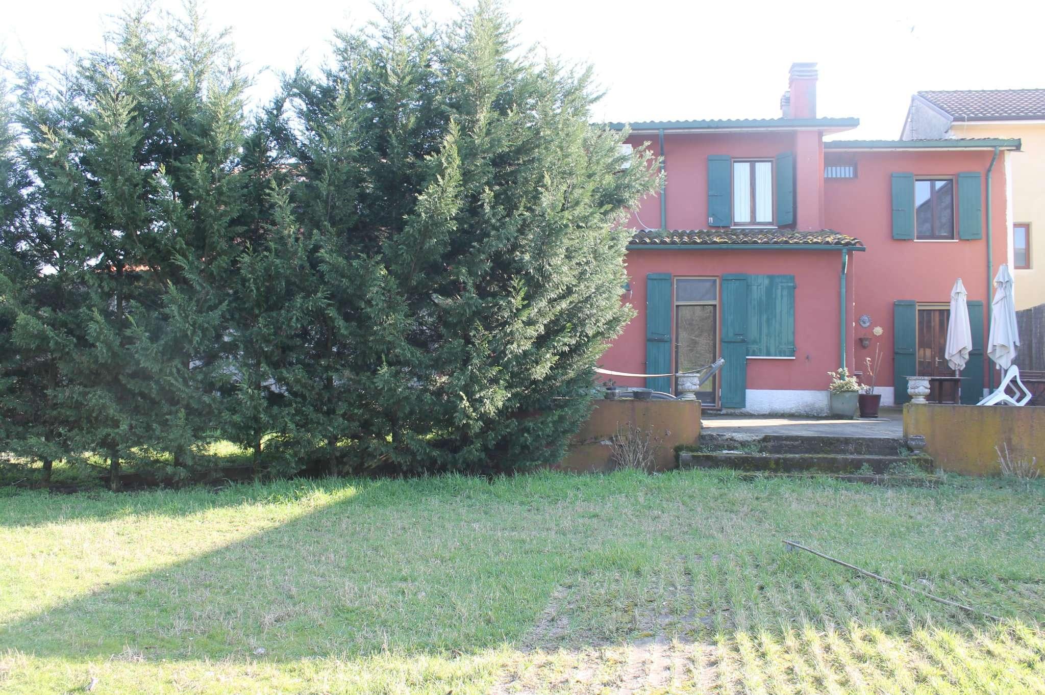 Rustico / Casale in vendita a Pieve Albignola, 8 locali, prezzo € 146.000   PortaleAgenzieImmobiliari.it