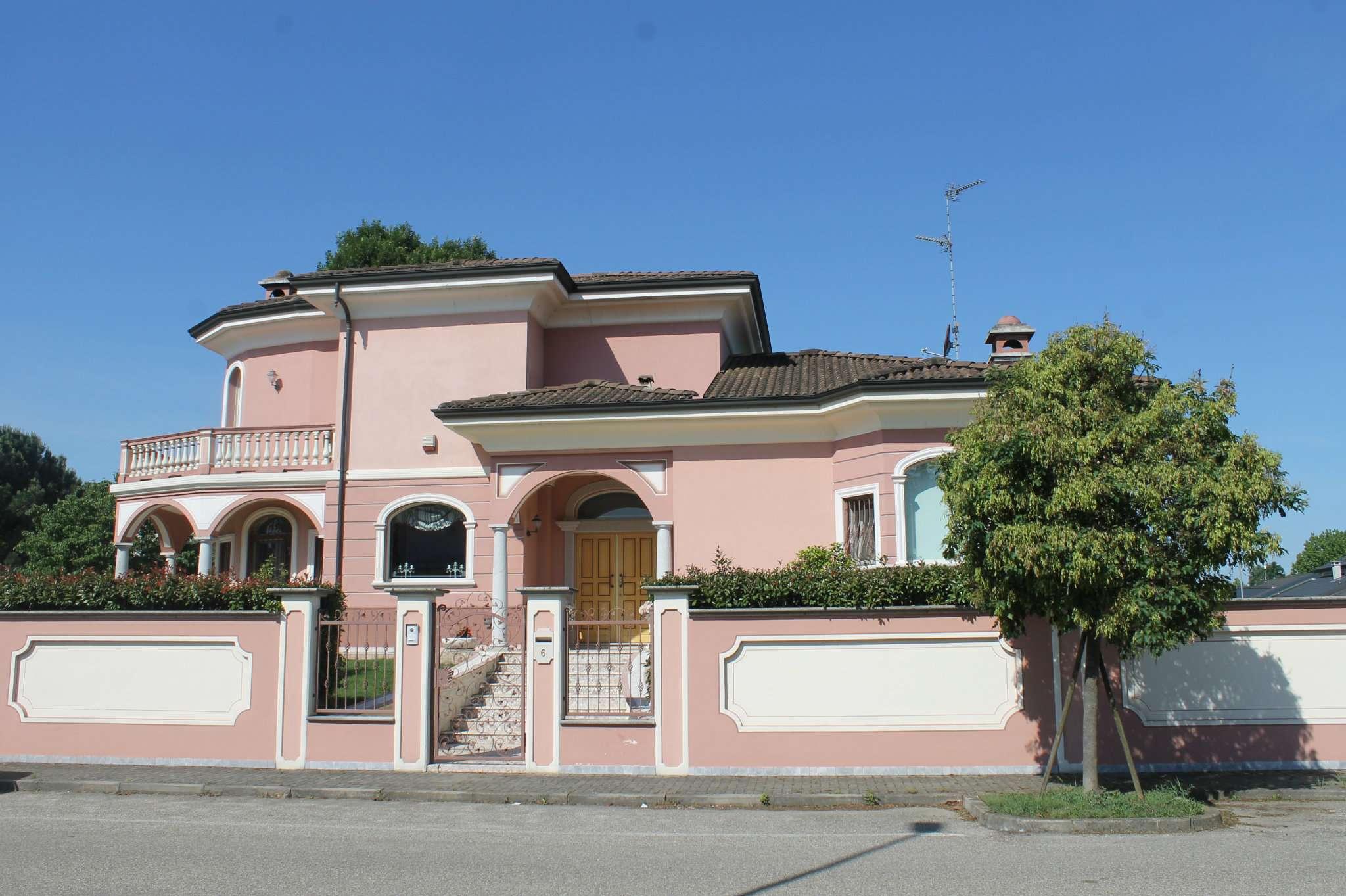 Villa in vendita a Garlasco, 10 locali, prezzo € 595.000 | PortaleAgenzieImmobiliari.it