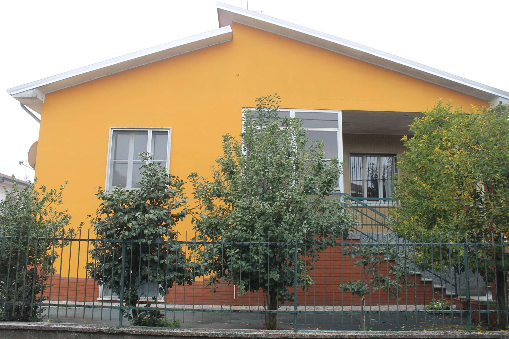 Villa in vendita a Dorno, 6 locali, prezzo € 156.000 | PortaleAgenzieImmobiliari.it