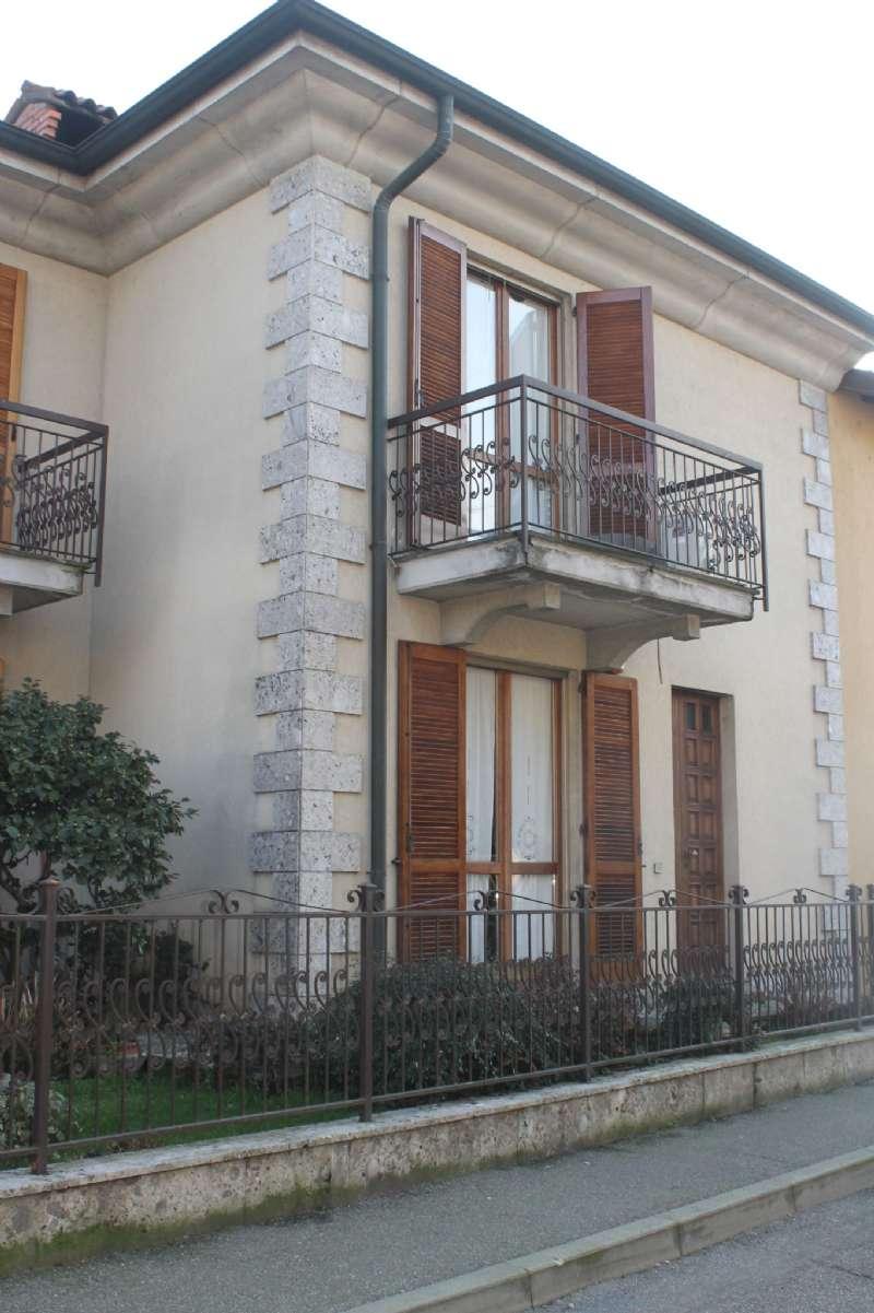 Villa Tri-Quadrifamiliare in vendita a Landriano, 5 locali, prezzo € 219.000   PortaleAgenzieImmobiliari.it
