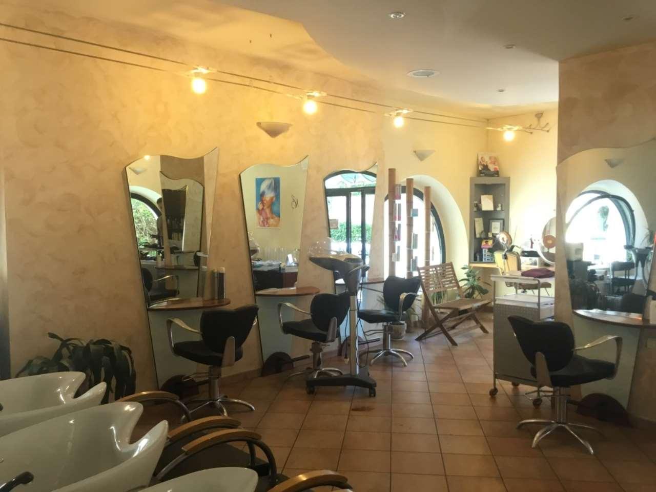 Attività parrucchiera Rif. 6891578