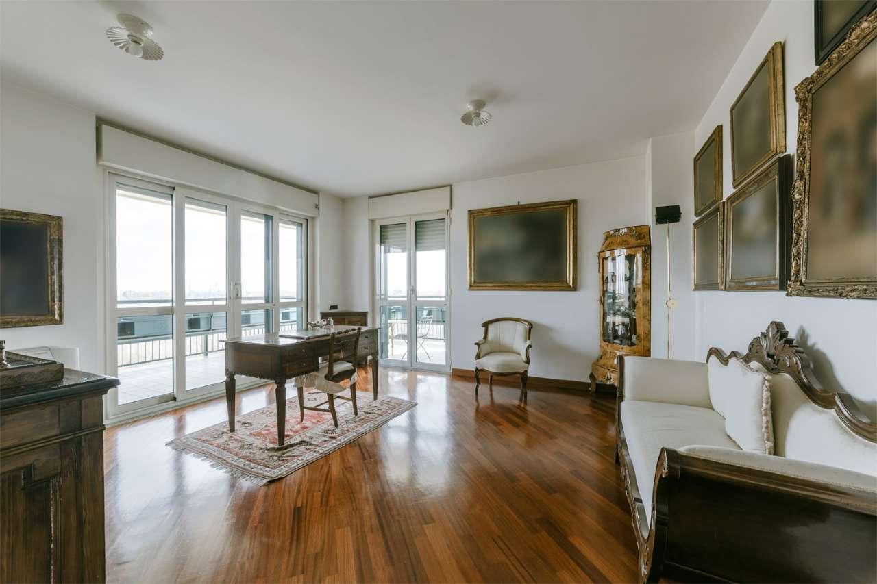 Appartamento in vendita a Segrate, 3 locali, prezzo € 440.000   PortaleAgenzieImmobiliari.it