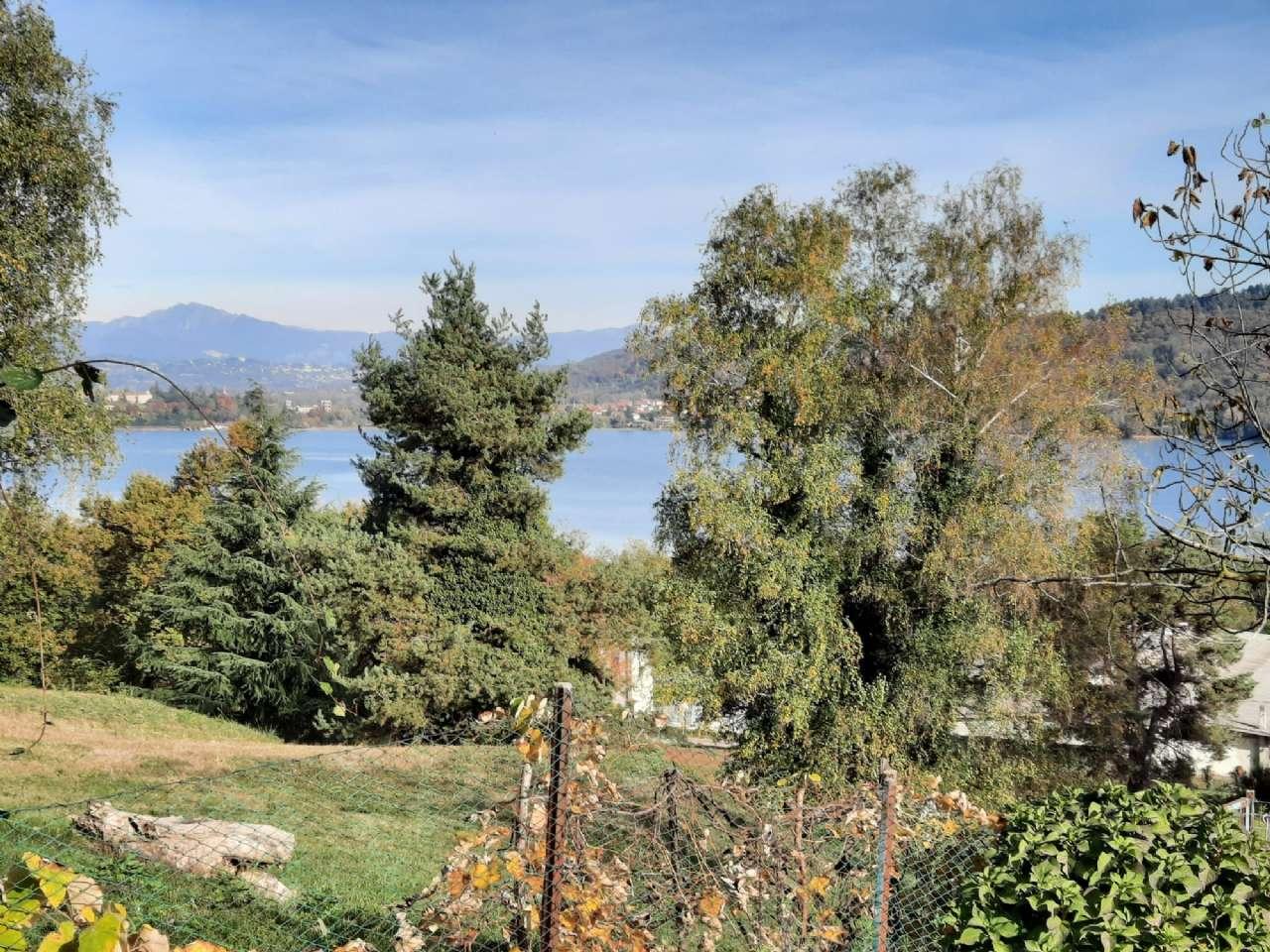 Rustico / Casale in vendita a Mercallo, 9999 locali, prezzo € 540.000 | PortaleAgenzieImmobiliari.it