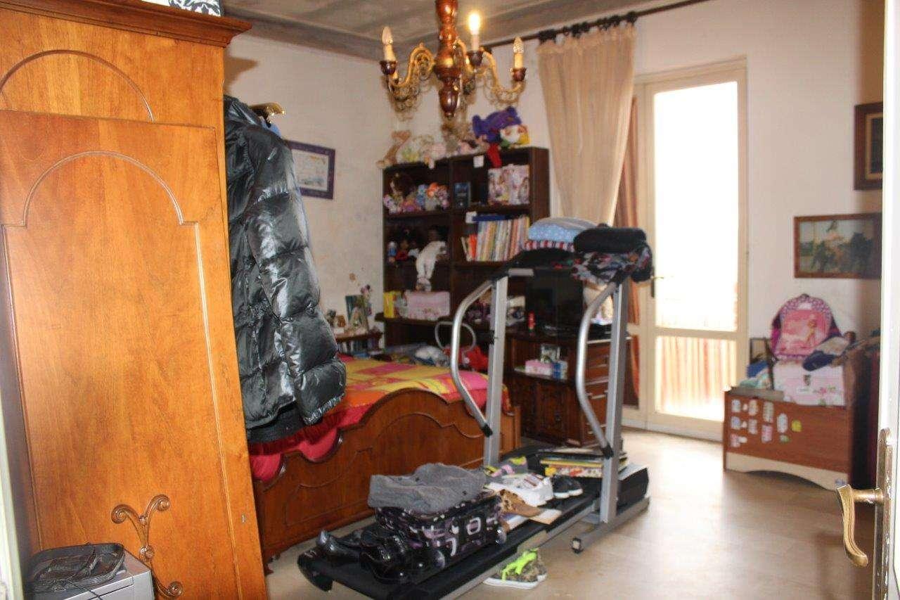 Porzione di casa da ristrutturare parzialmente arredato in vendita Rif. 6144930