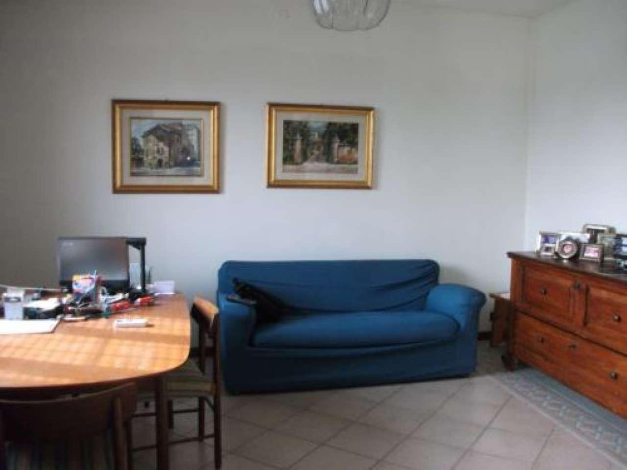 Porzione di casa parzialmente arredato in vendita Rif. 8114013
