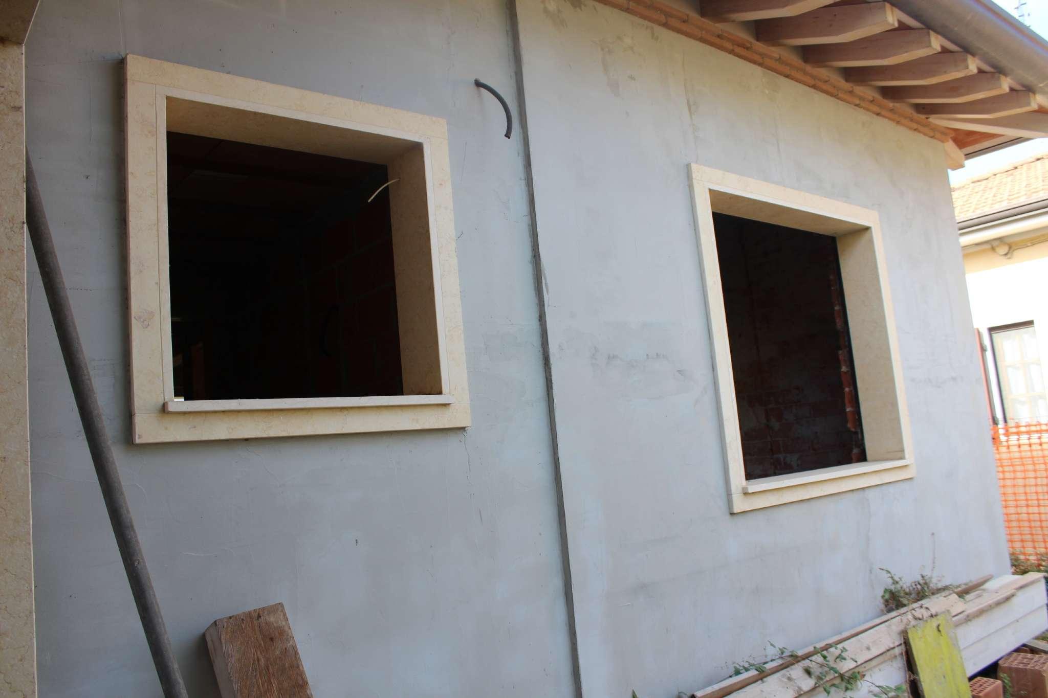 Porzione di casa in vendita Rif. 8215559
