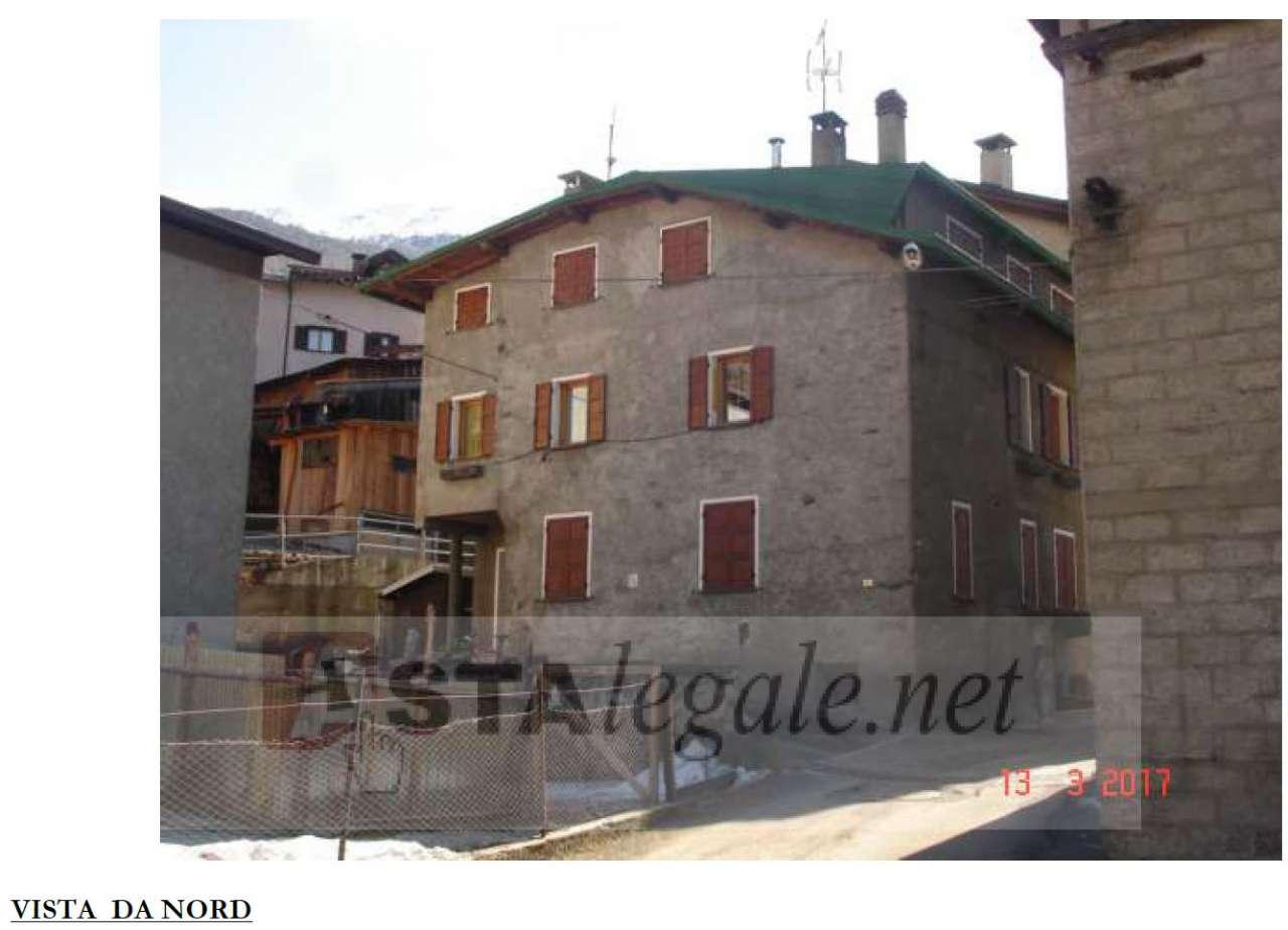 Appartamento in vendita a Valfurva - Centrale