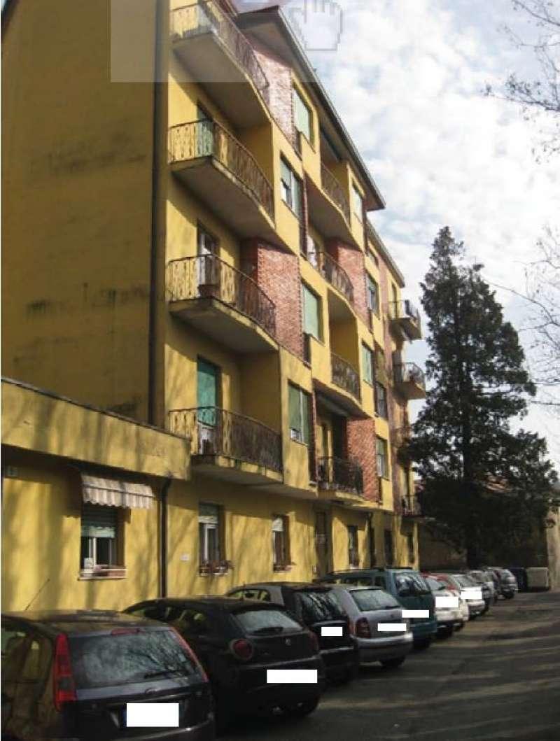 Laboratorio in asta a Varese
