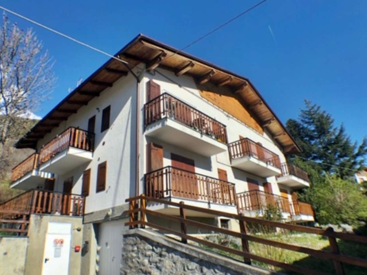Appartamento in vendita a Roisan, 2 locali, prezzo € 87.000 | CambioCasa.it