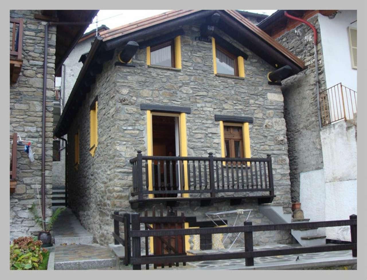 Appartamento in affitto a Aymavilles, 2 locali, prezzo € 420 | CambioCasa.it