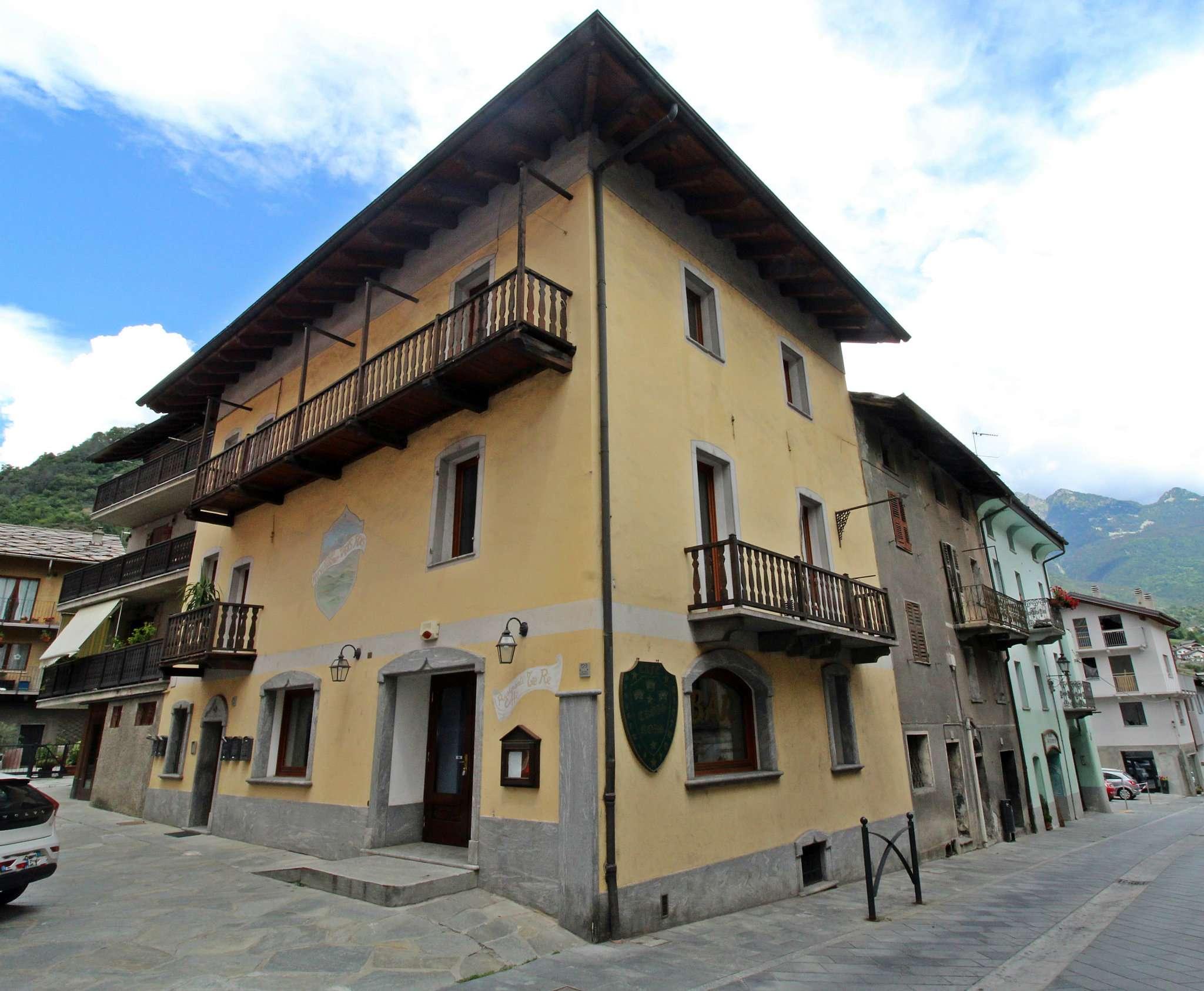 Appartamento in affitto a Chatillon, 2 locali, prezzo € 450 | CambioCasa.it