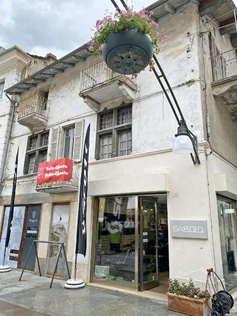 Negozio / Locale in vendita a Saint-Vincent, 9999 locali, prezzo € 115.000 | PortaleAgenzieImmobiliari.it