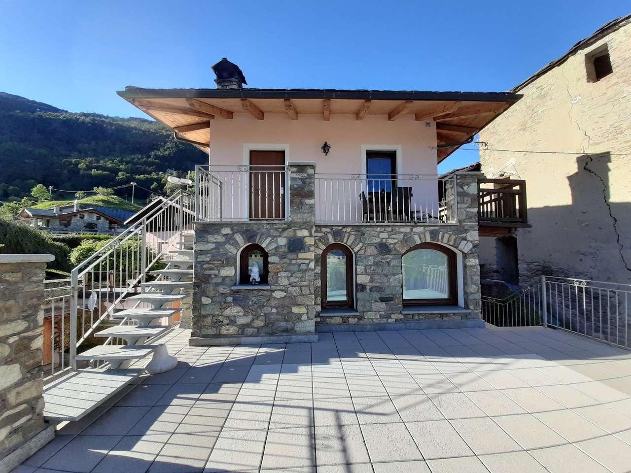 Soluzione Indipendente in vendita a Gignod, 5 locali, prezzo € 345.000 | PortaleAgenzieImmobiliari.it