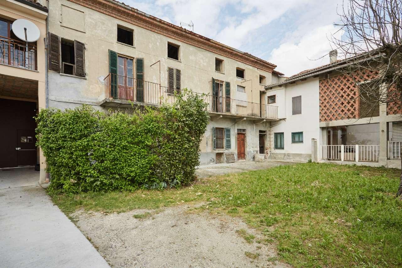 Rustico / Casale in vendita a Conzano, 3 locali, prezzo € 55.000   PortaleAgenzieImmobiliari.it