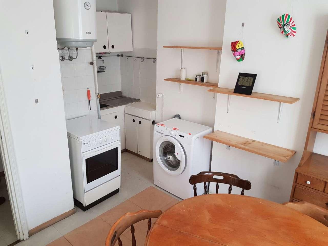 Appartamento ristrutturato parzialmente arredato in affitto Rif. 7596869