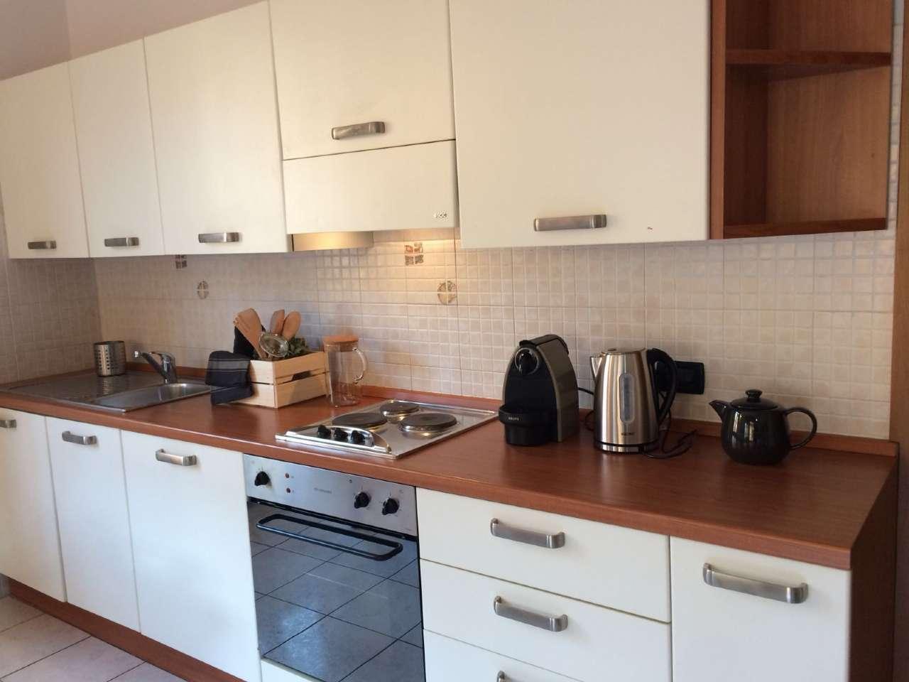 Appartamento in ottime condizioni arredato in affitto Rif. 7596879