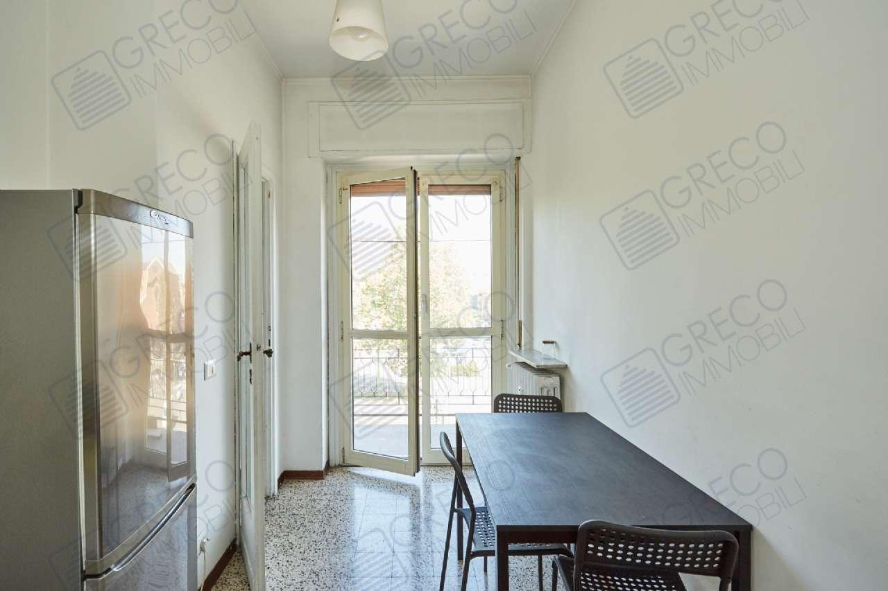 Appartamento in buone condizioni parzialmente arredato in affitto Rif. 7596877