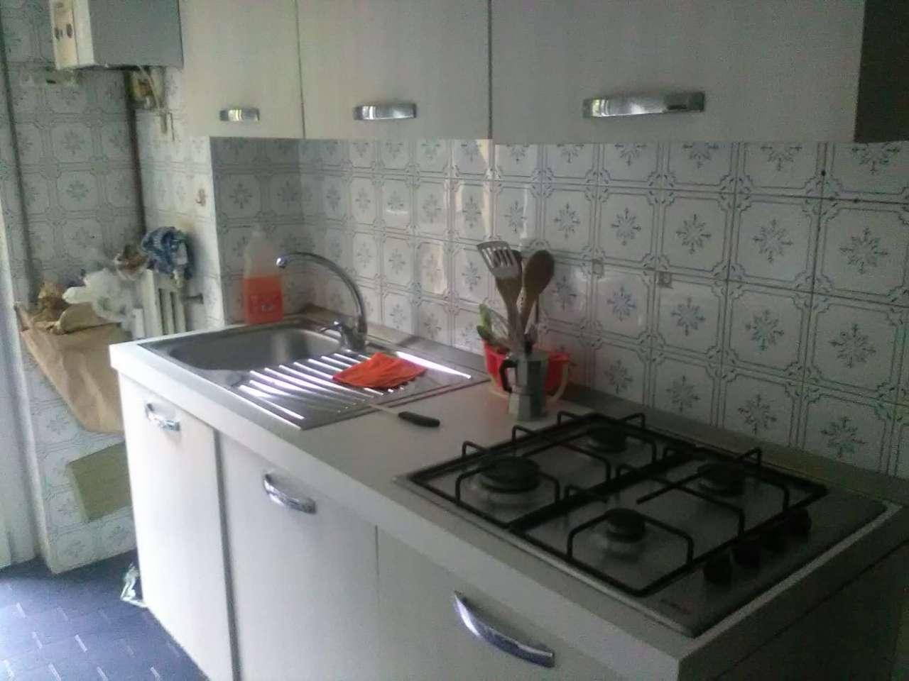 Stanza / posto letto arredato in affitto Rif. 8644004