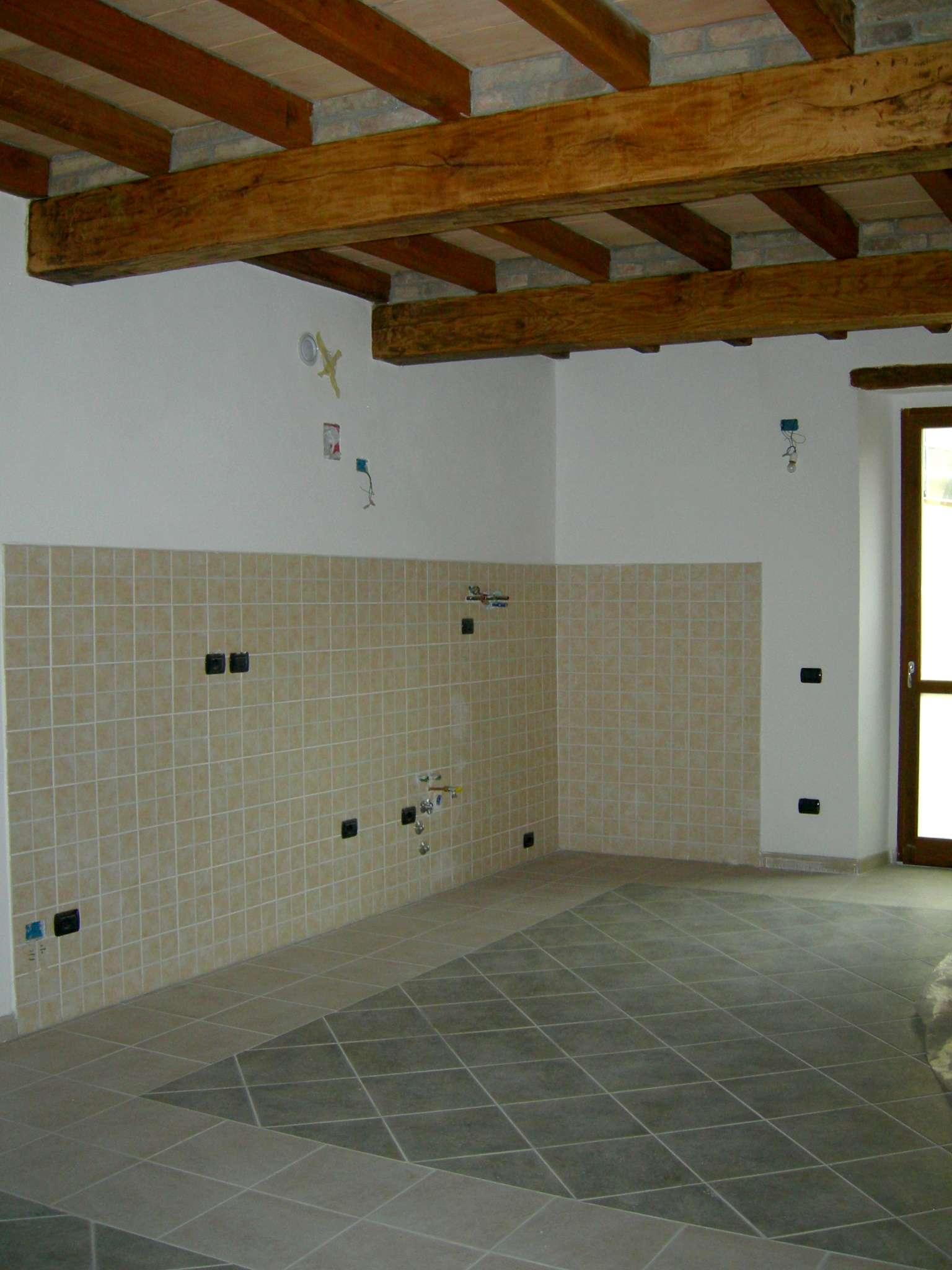 Appartamento in vendita a Bore, 3 locali, prezzo € 68.000 | PortaleAgenzieImmobiliari.it