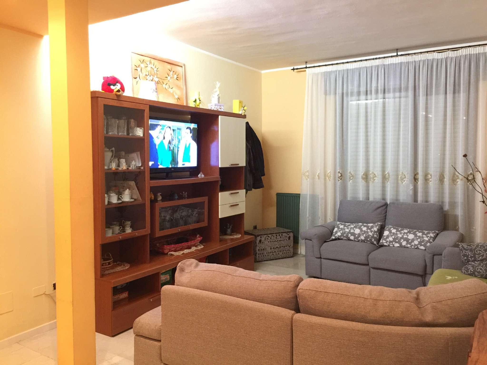 Appartamento in vendita a Cortemaggiore, 4 locali, prezzo € 120.000 | PortaleAgenzieImmobiliari.it