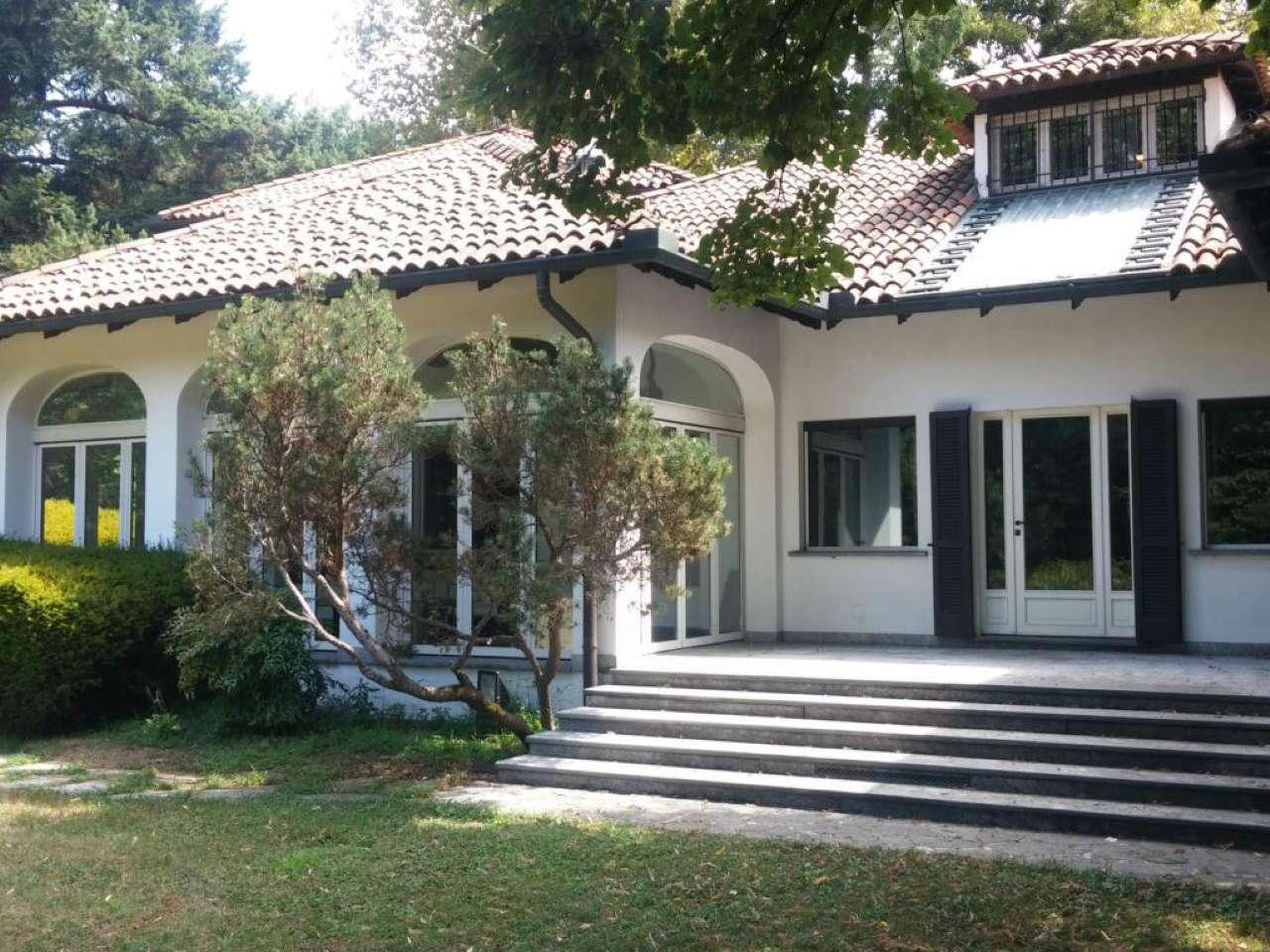 Villa in vendita a Robecco sul Naviglio, 9999 locali, prezzo € 1.190.000 | CambioCasa.it