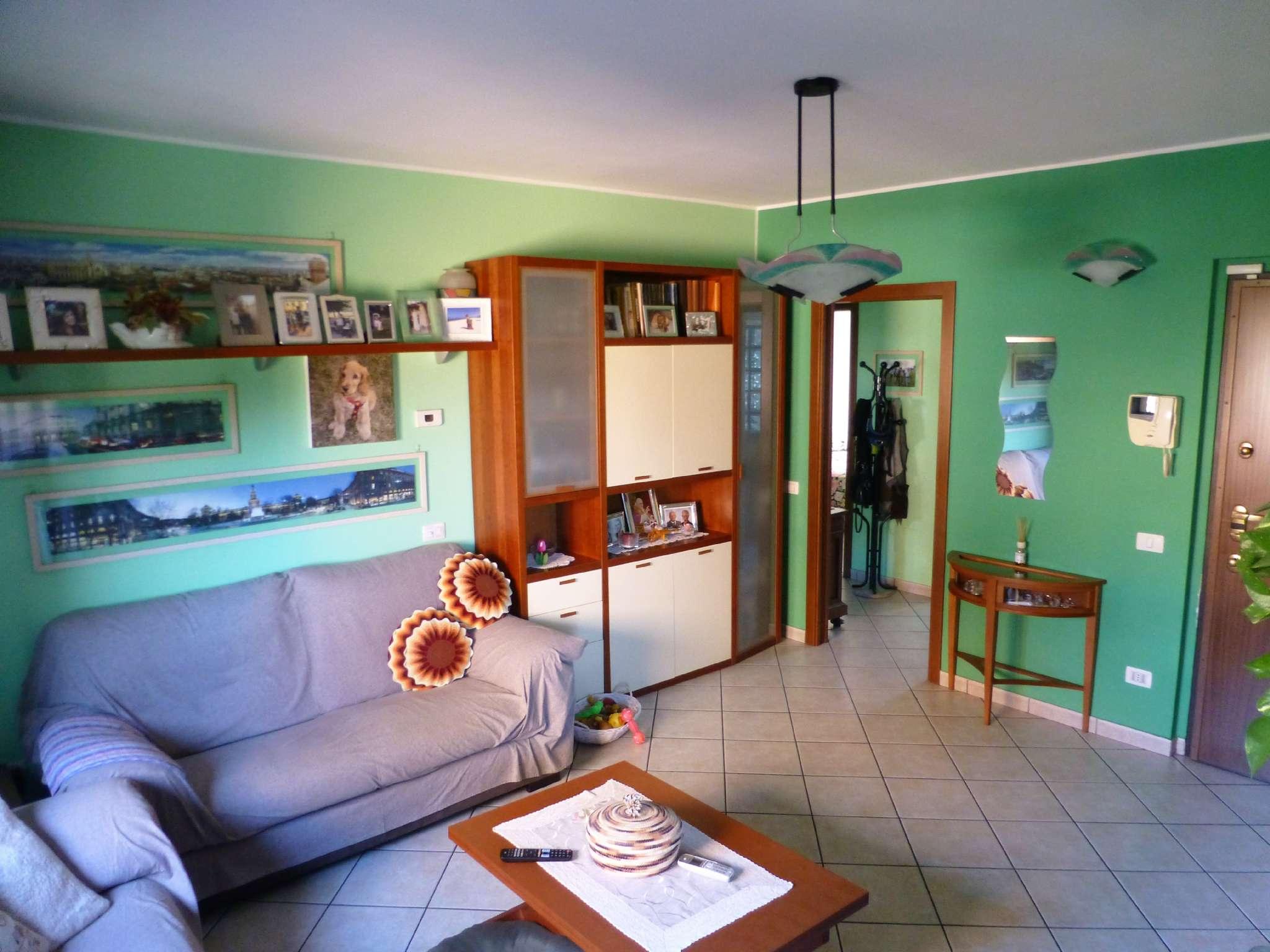 Appartamento in ottime condizioni in vendita Rif. 7141429