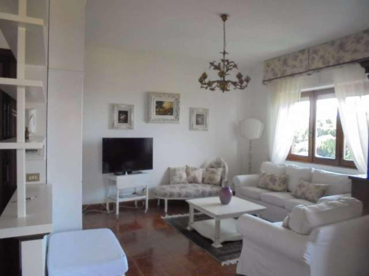 Ariccia, zona Villa Ferraioli, appartamento in affitto