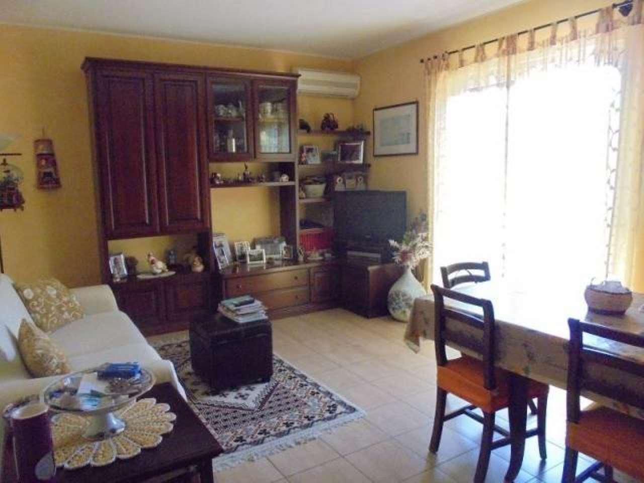 Appartamento in vendita a Castel Gandolfo, 2 locali, prezzo € 158.000 | CambioCasa.it