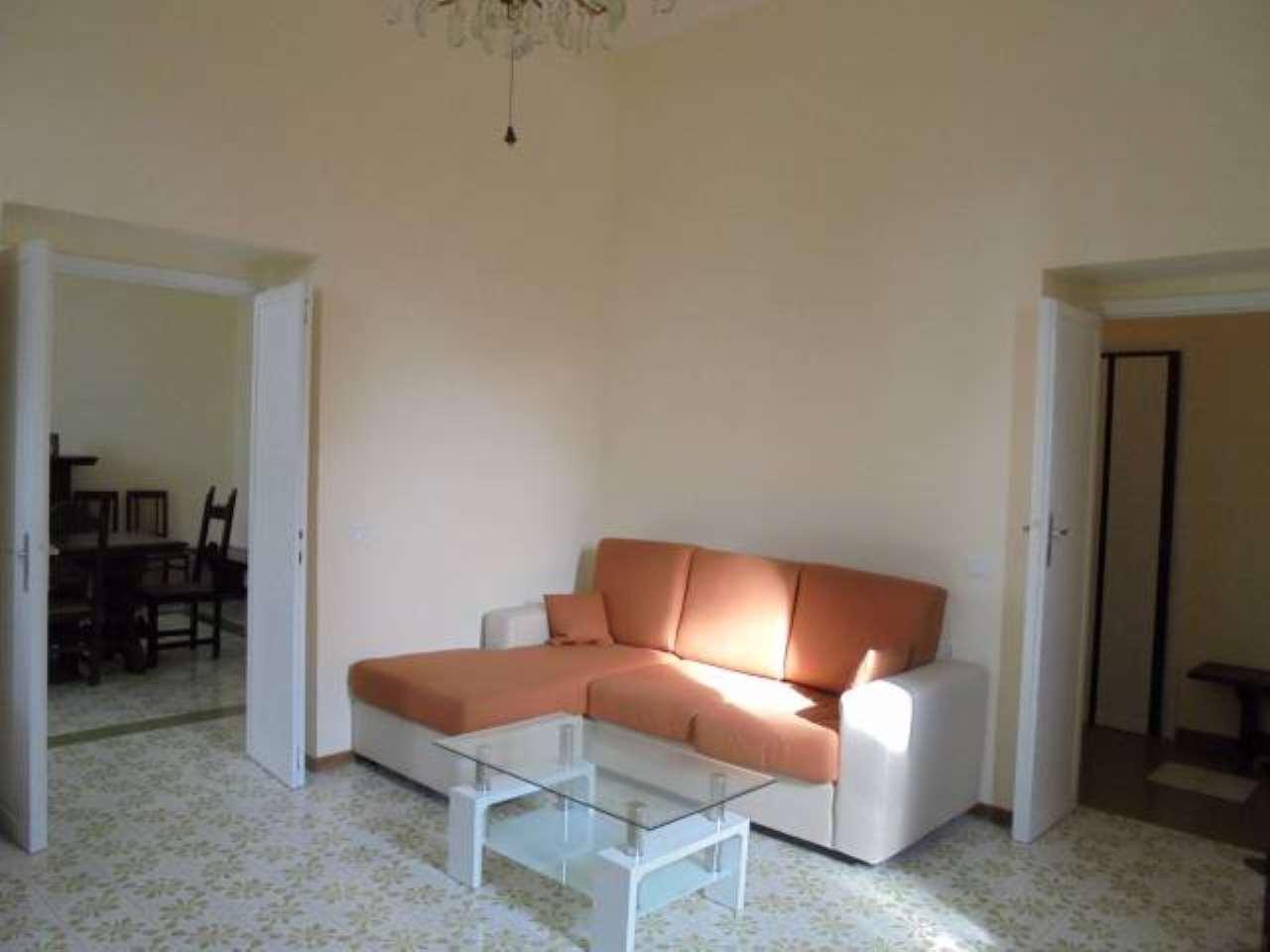 Appartamento in buone condizioni arredato in affitto Rif. 5313045
