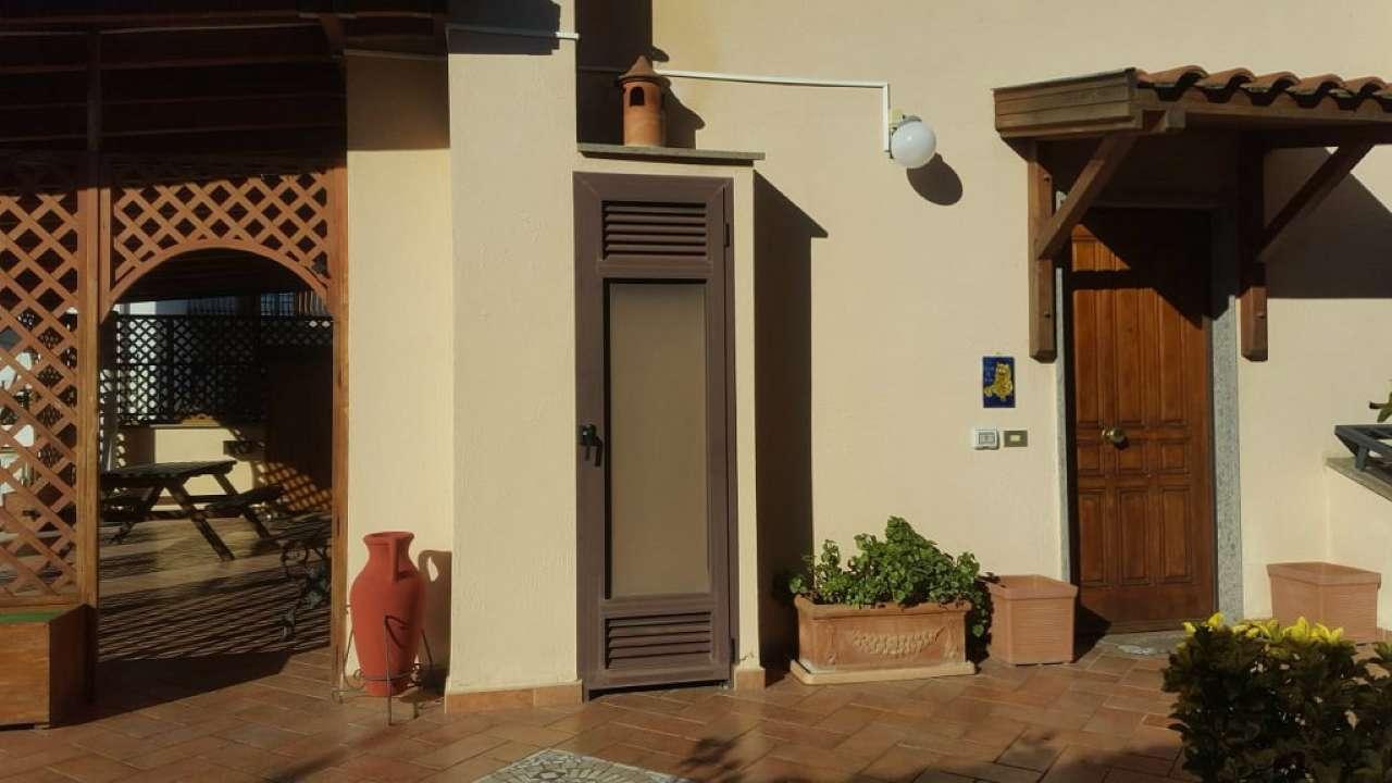 Villa Tri-Quadrifamiliare in Vendita a Ciampino