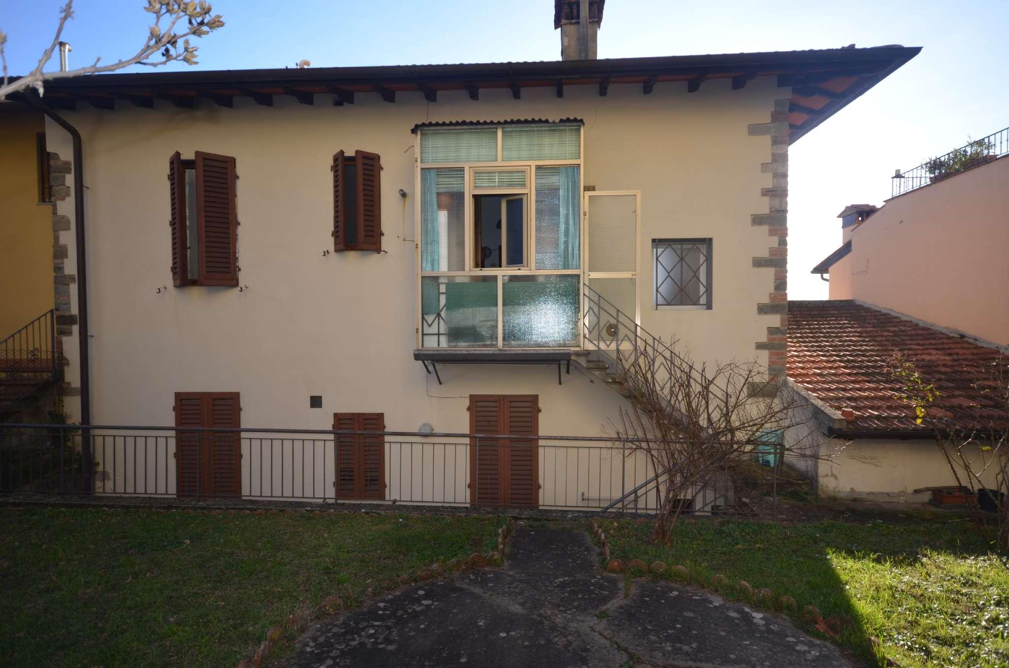 Appartamento in condizioni mediocri parzialmente arredato in vendita Rif. 9261739