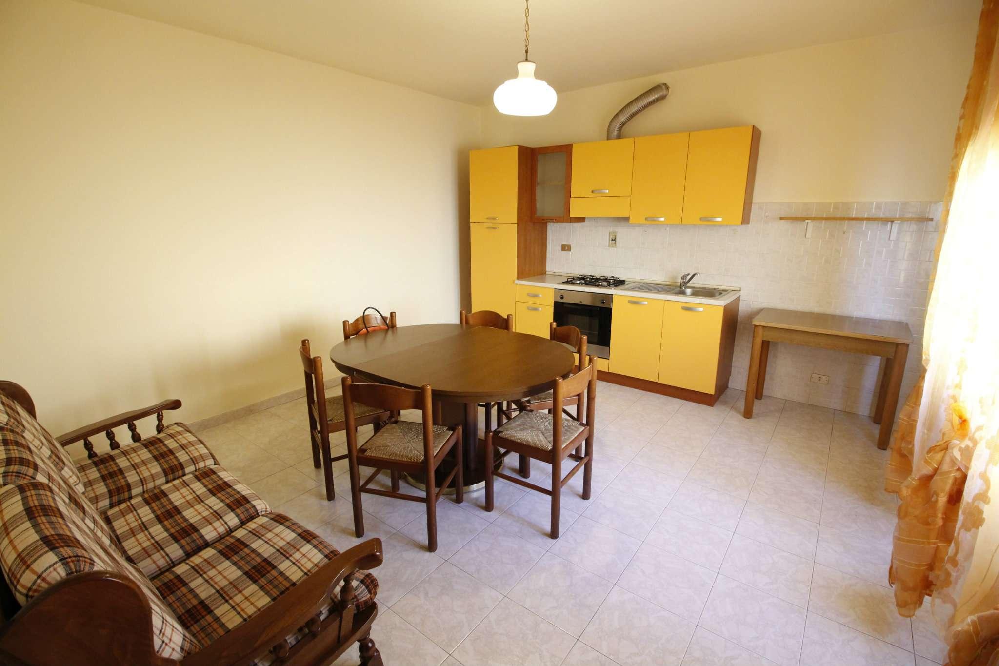 Casa Indipendente in buone condizioni parzialmente arredato in vendita Rif. 8913590