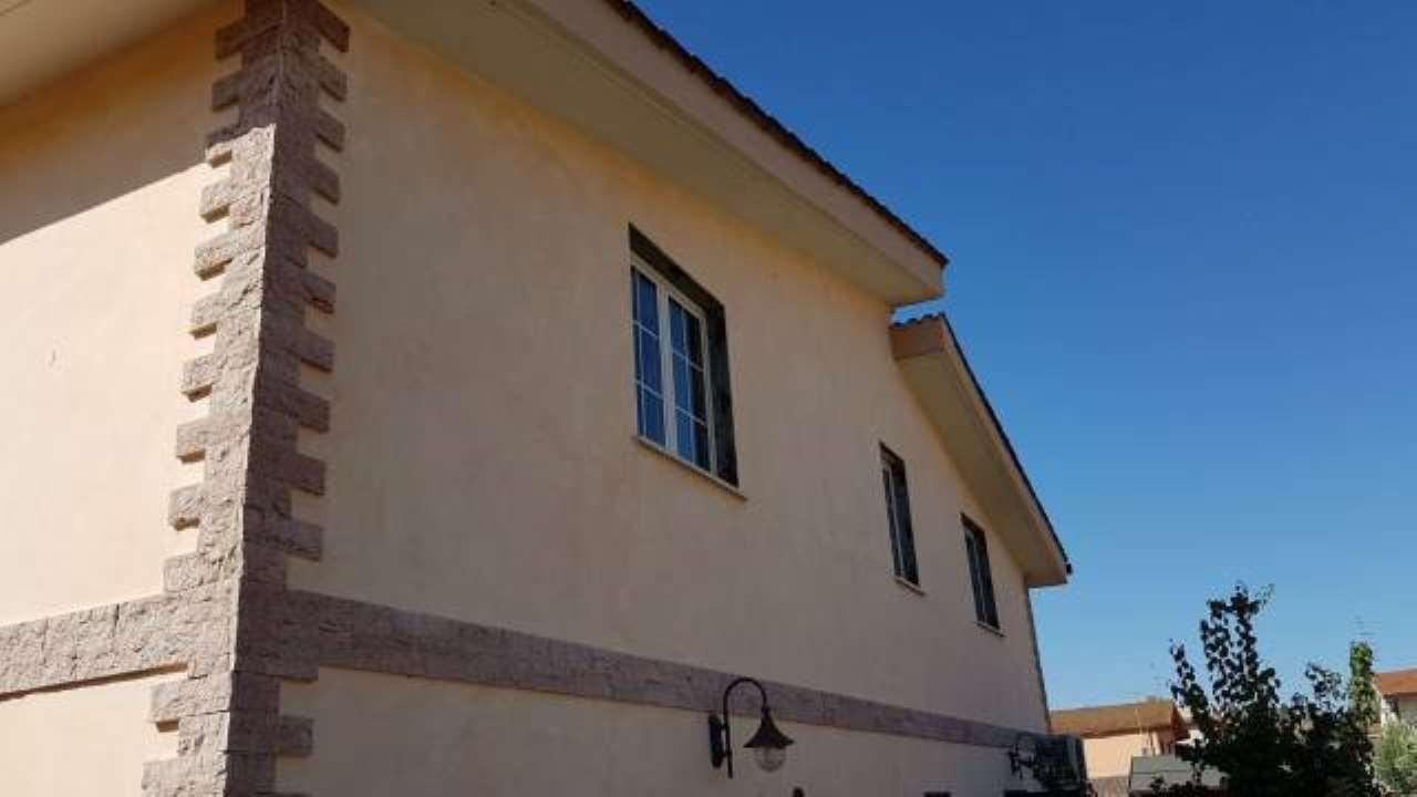 Appartamento in vendita a Roma, 3 locali, zona Zona: 40 . Piana del Sole, Casal Lumbroso, Malagrotta, Ponte Galeria, prezzo € 180.000 | CambioCasa.it