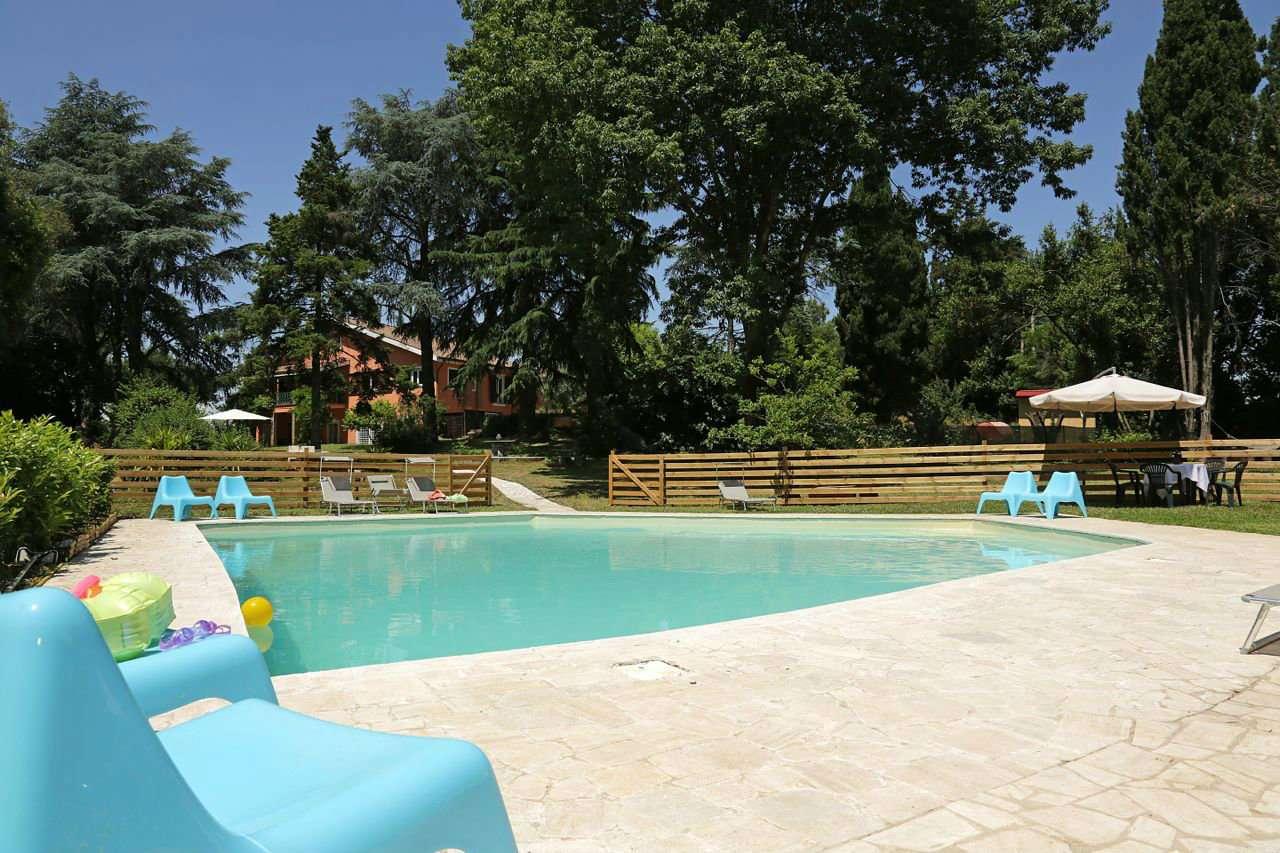 Villa in vendita a Roma, 14 locali, zona Zona: 33 . Quarto Casale, Labaro, Valle Muricana, Prima Porta, prezzo € 1.100.000 | CambioCasa.it