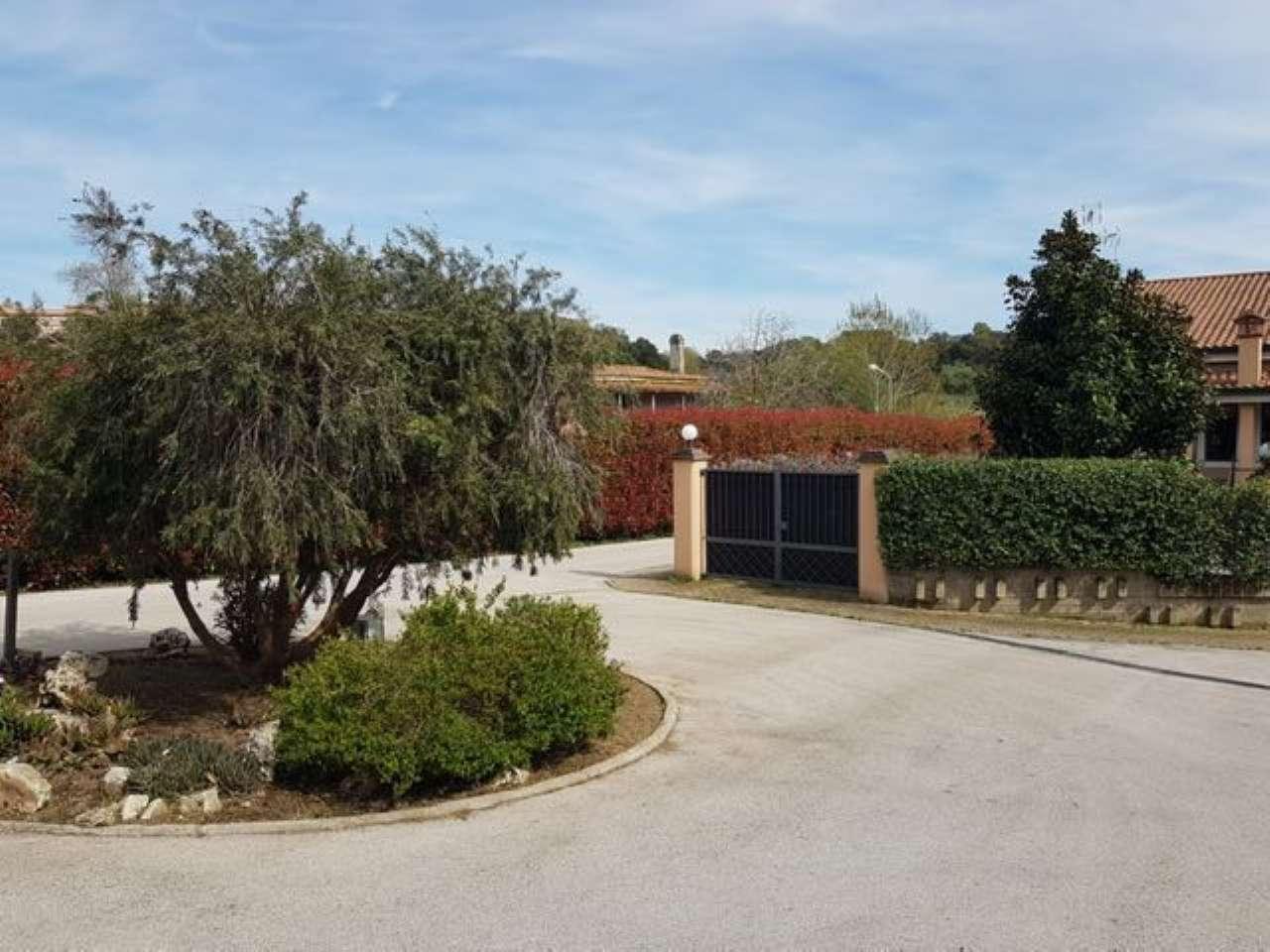 Villa a Schiera in vendita a Roma, 4 locali, zona Zona: 27 . Aurelio - Boccea, prezzo € 220.000 | CambioCasa.it