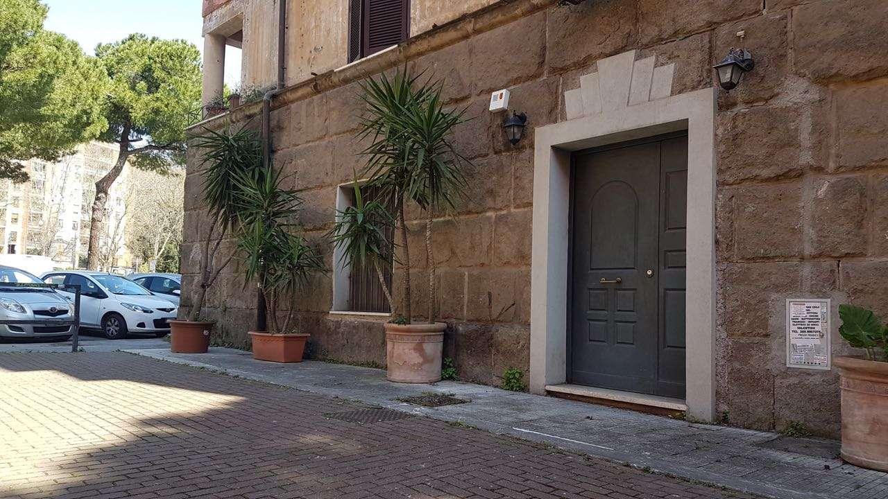 Appartamento in vendita a Roma, 3 locali, zona Zona: 19 . Colombo, Garbatella, Navigatori, Omboni, prezzo € 310.000 | CambioCasa.it