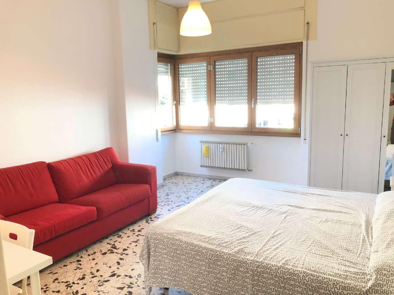 Appartamento in ottime condizioni arredato in affitto Rif. 7379607