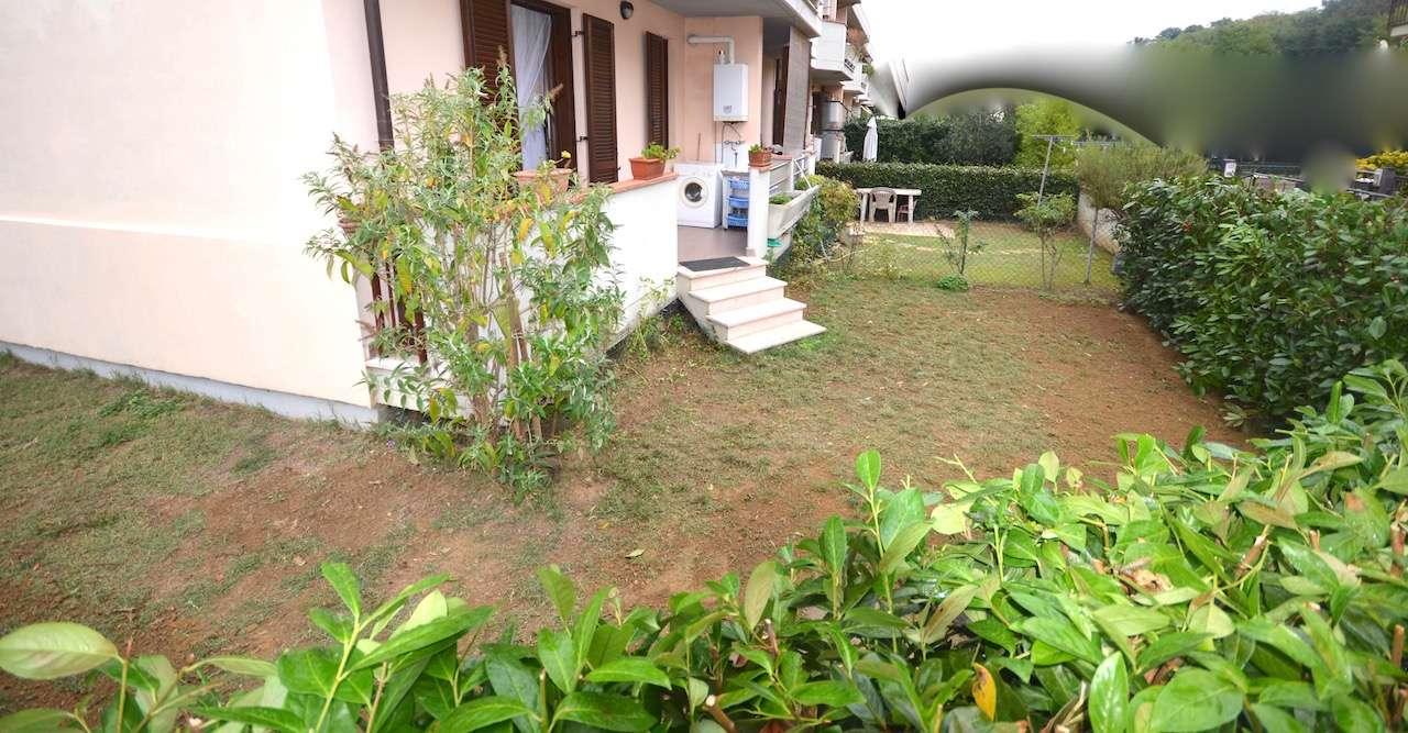 Casa Indipendente in buone condizioni parzialmente arredato in vendita Rif. 8913602