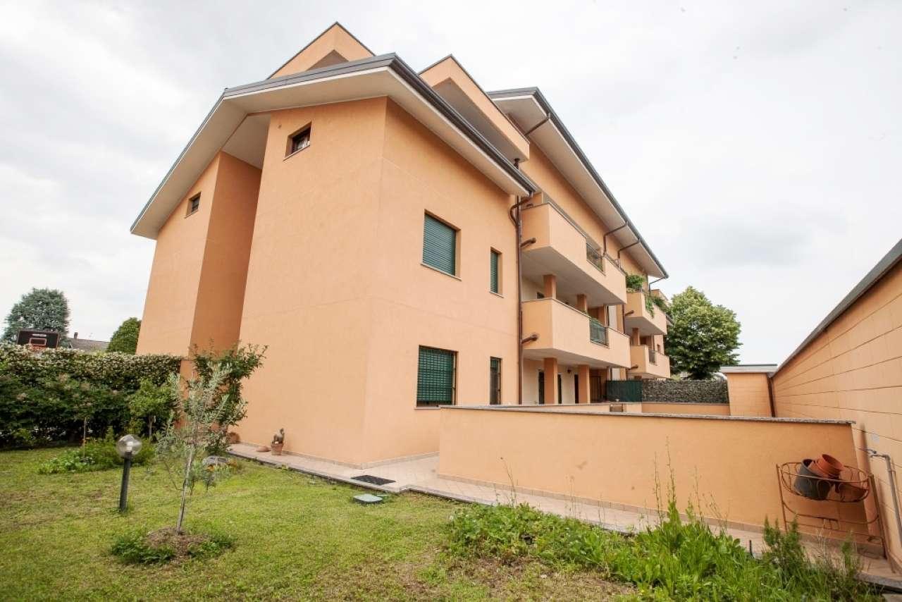 Appartamento in vendita a Lainate, 3 locali, prezzo € 298.000 | CambioCasa.it