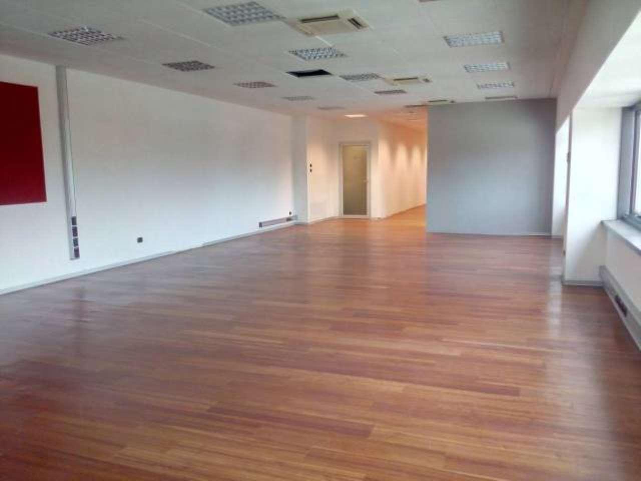 Ufficio / Studio in affitto a Cambiago, 4 locali, prezzo € 2.300 | PortaleAgenzieImmobiliari.it