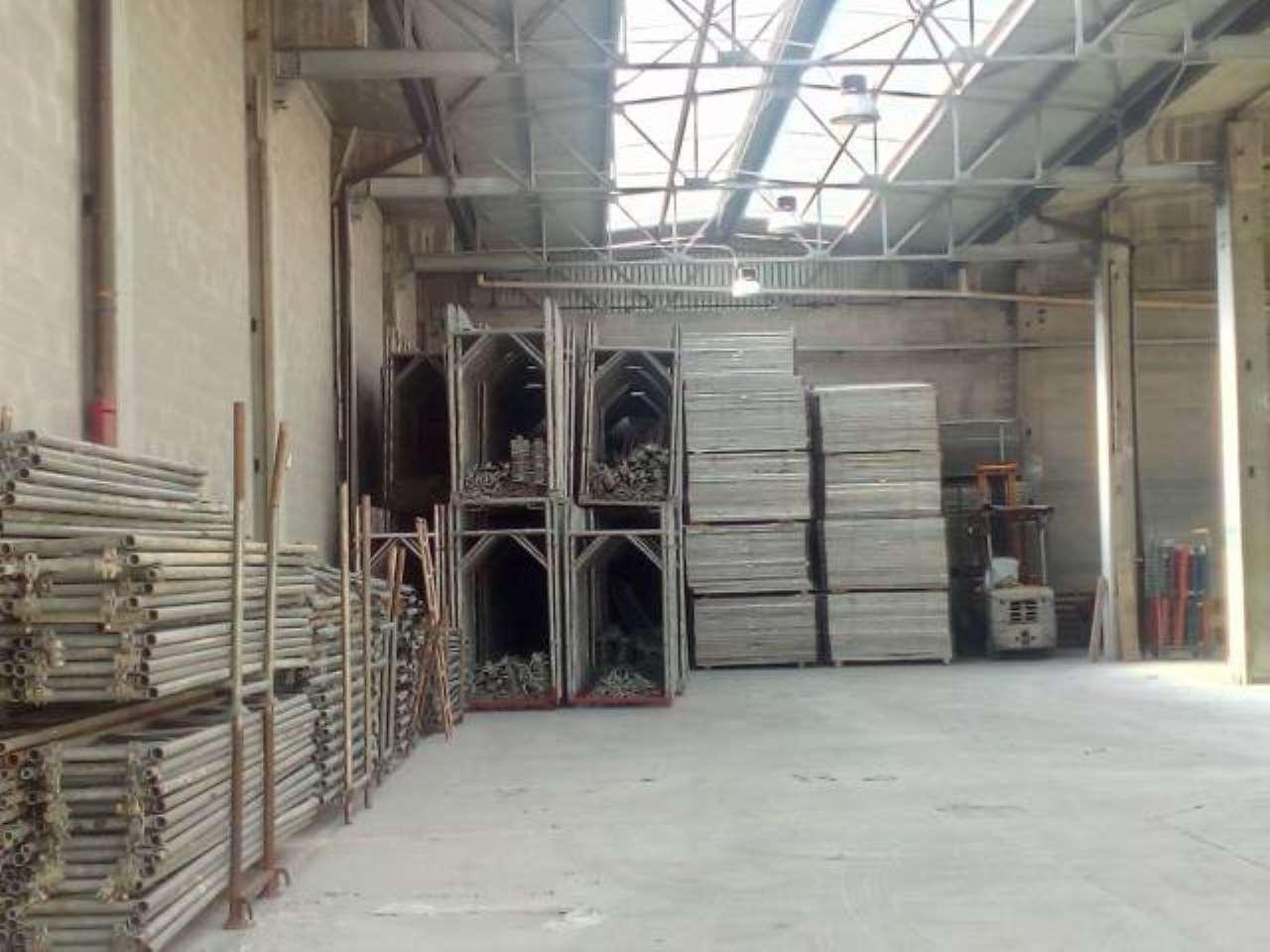 Capannone in vendita a Cambiago, 6 locali, prezzo € 580.000   PortaleAgenzieImmobiliari.it