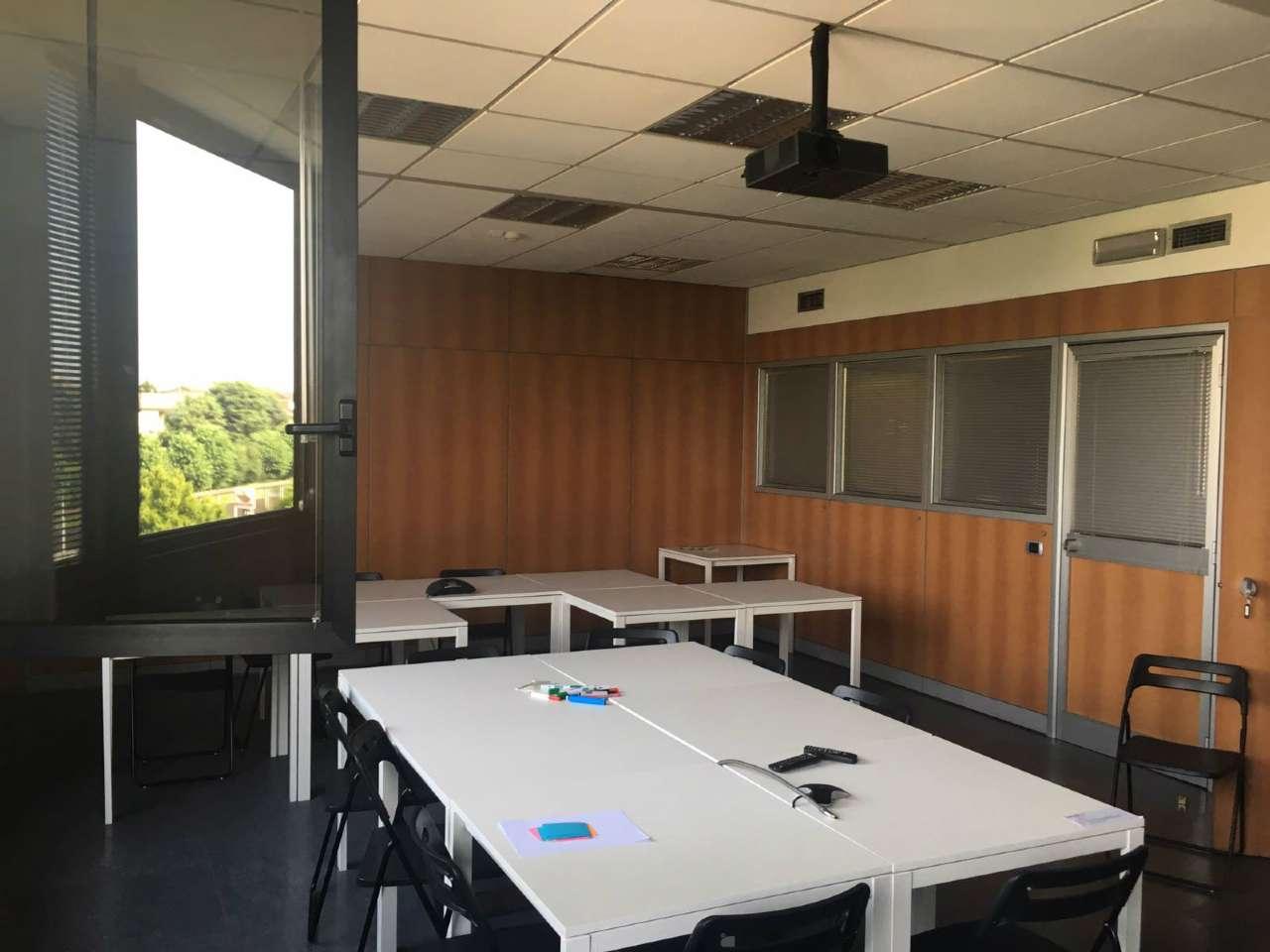 Ufficio / Studio in affitto a Carugate, 5 locali, prezzo € 2.000   PortaleAgenzieImmobiliari.it