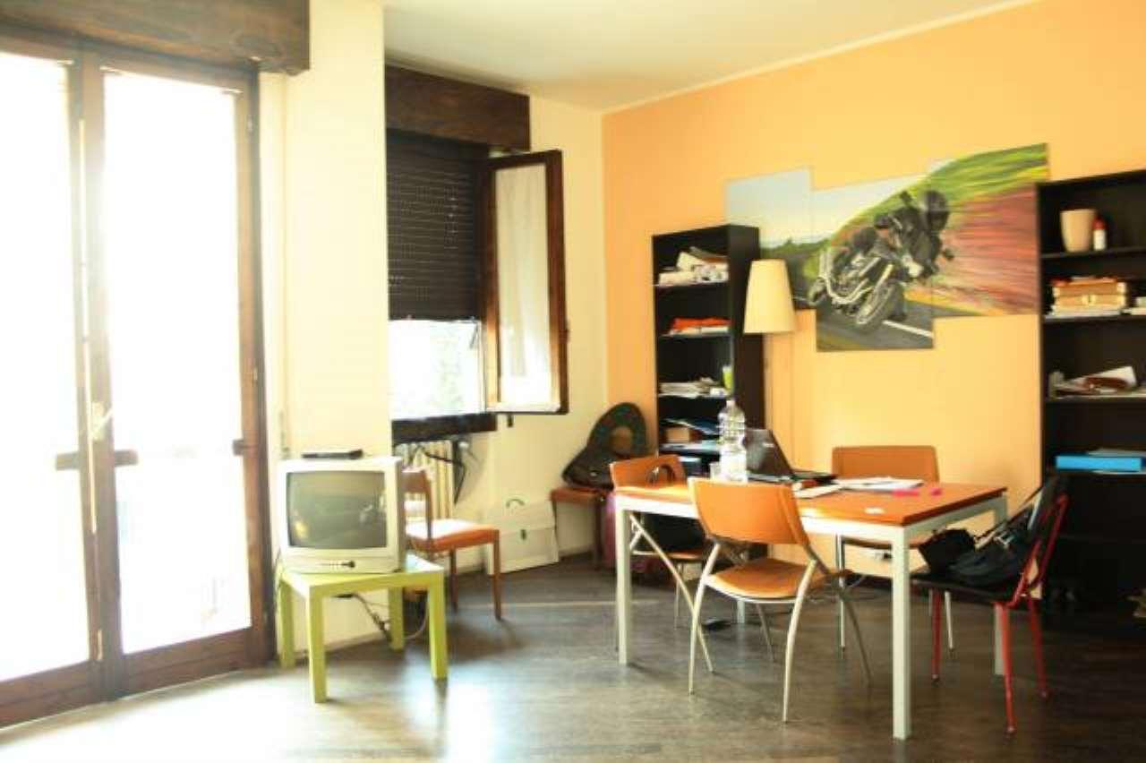 Appartamento in vendita a Bellusco, 3 locali, prezzo € 110.000 | CambioCasa.it