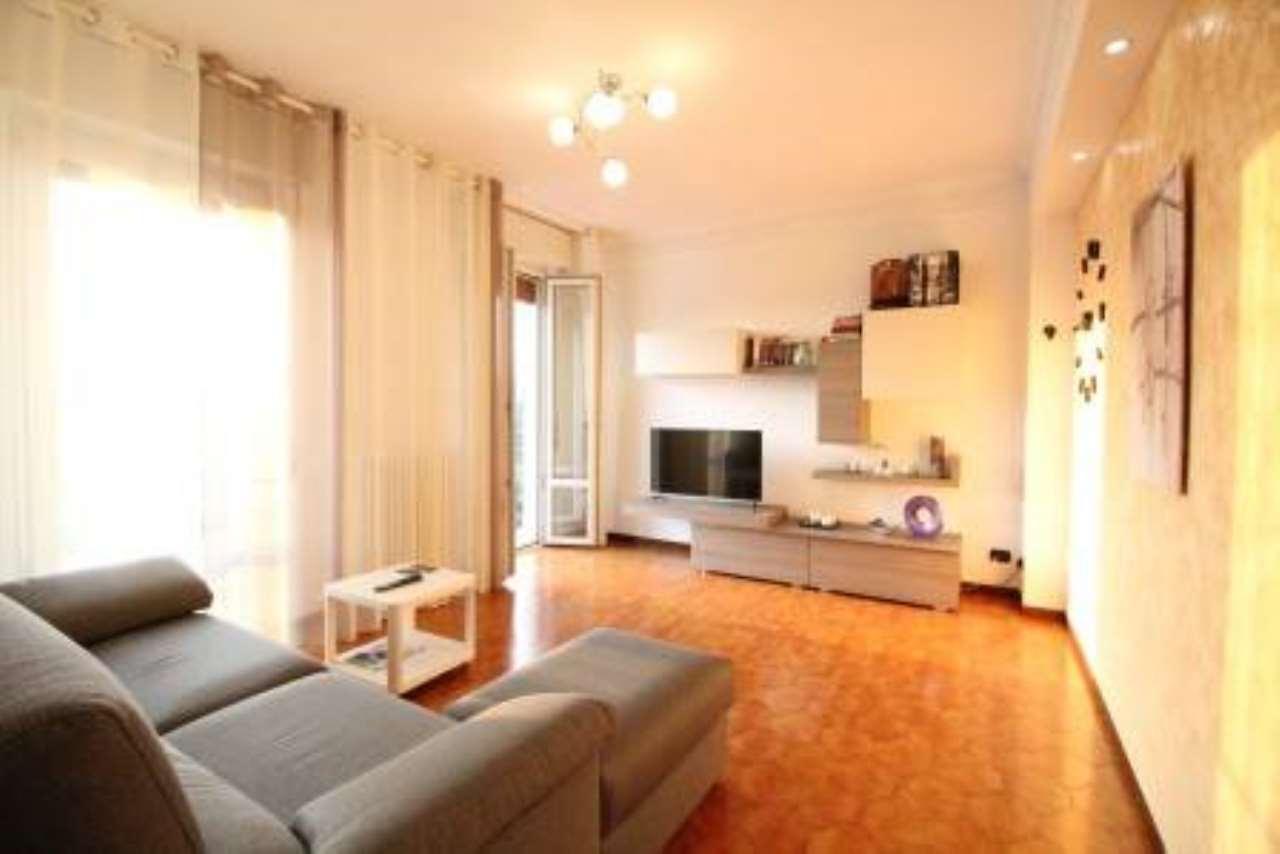 Appartamento in vendita a Vimercate, 3 locali, prezzo € 115.000   CambioCasa.it